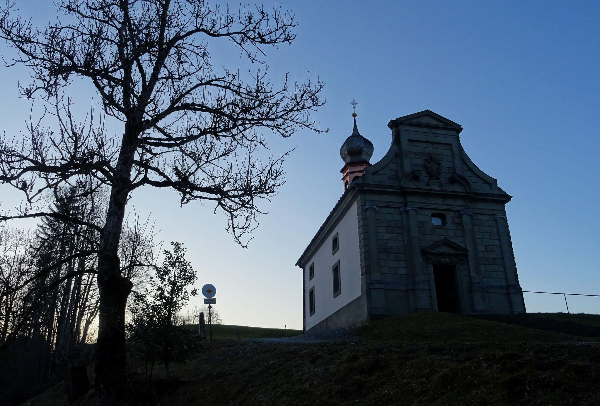 die St. Meinrads-Kapelle auf dem Etzel