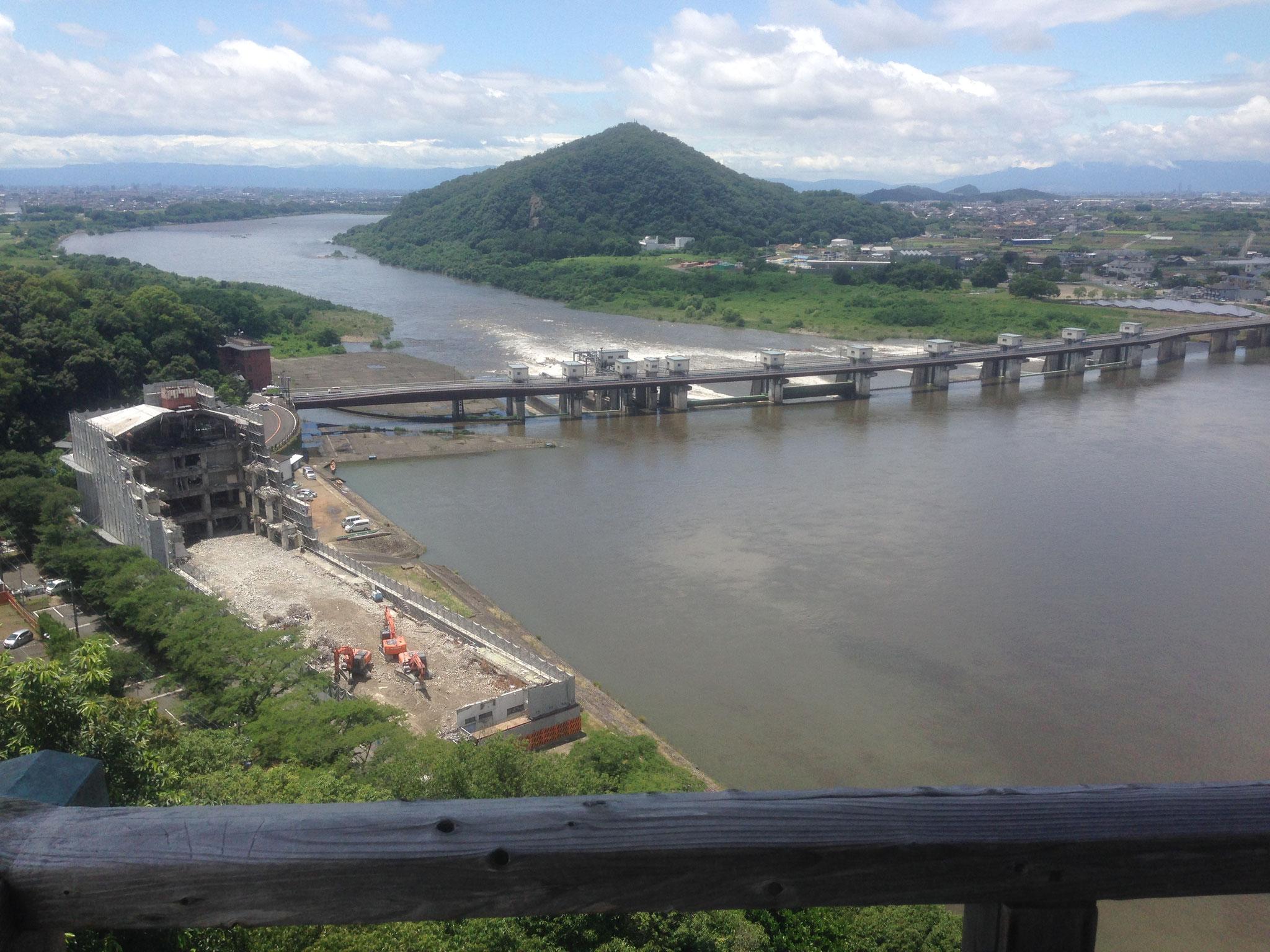 犬山城よりの木曽川