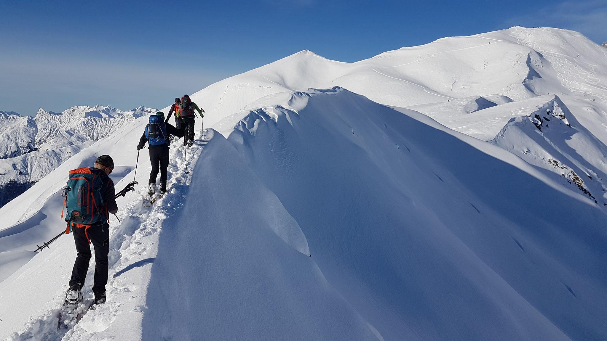 Gratwanderung auf Schneeschuhen
