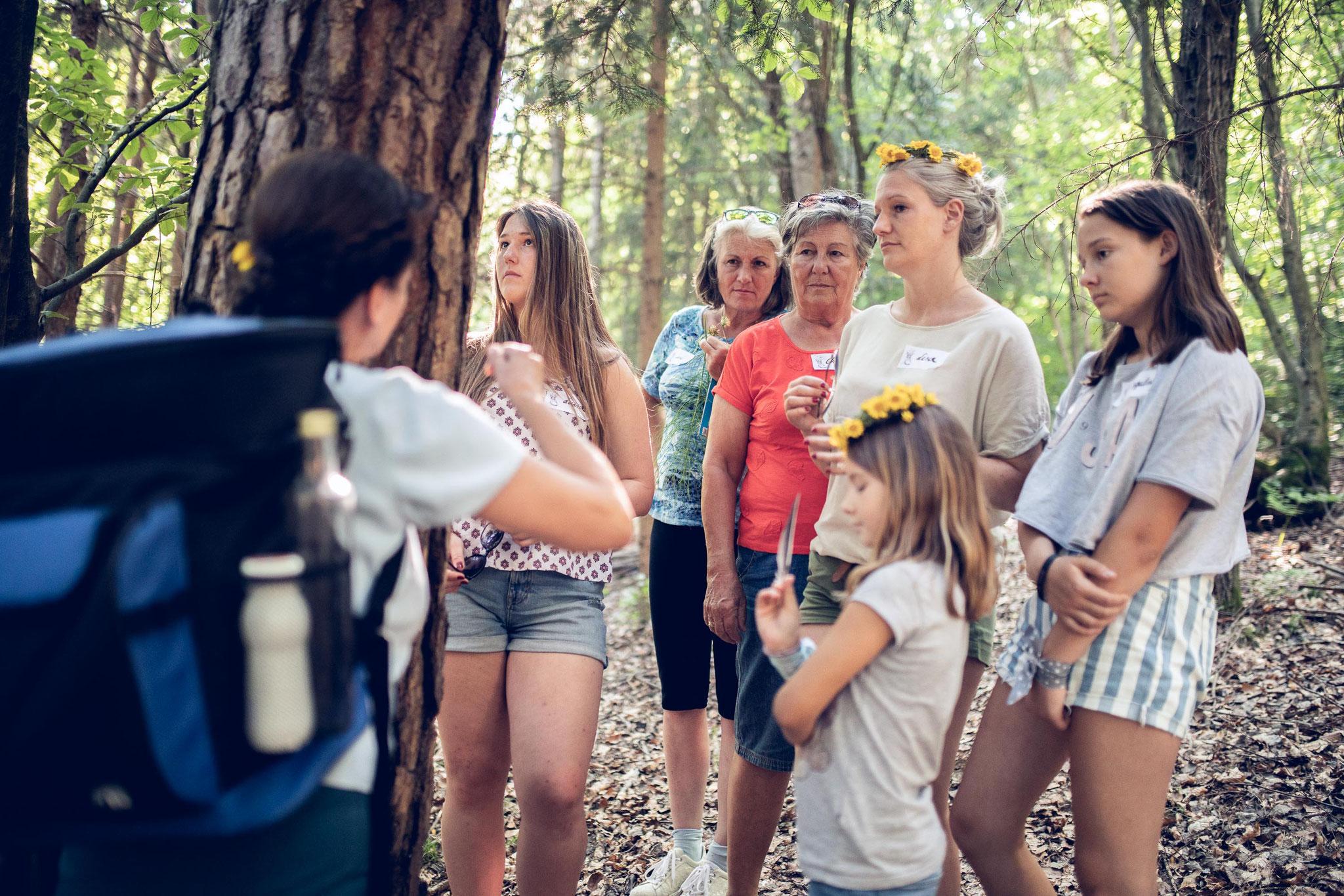 wildkräuterwanderung mit familie schorn - vier generationen - das gibt es nicht oft