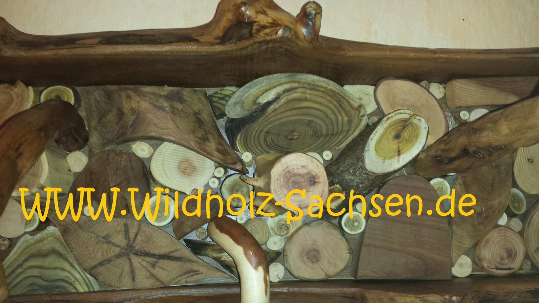 viele verschiedene Holzarten wurden verarbeitet (gut zu erkennen, der dekorative Essigbaum)