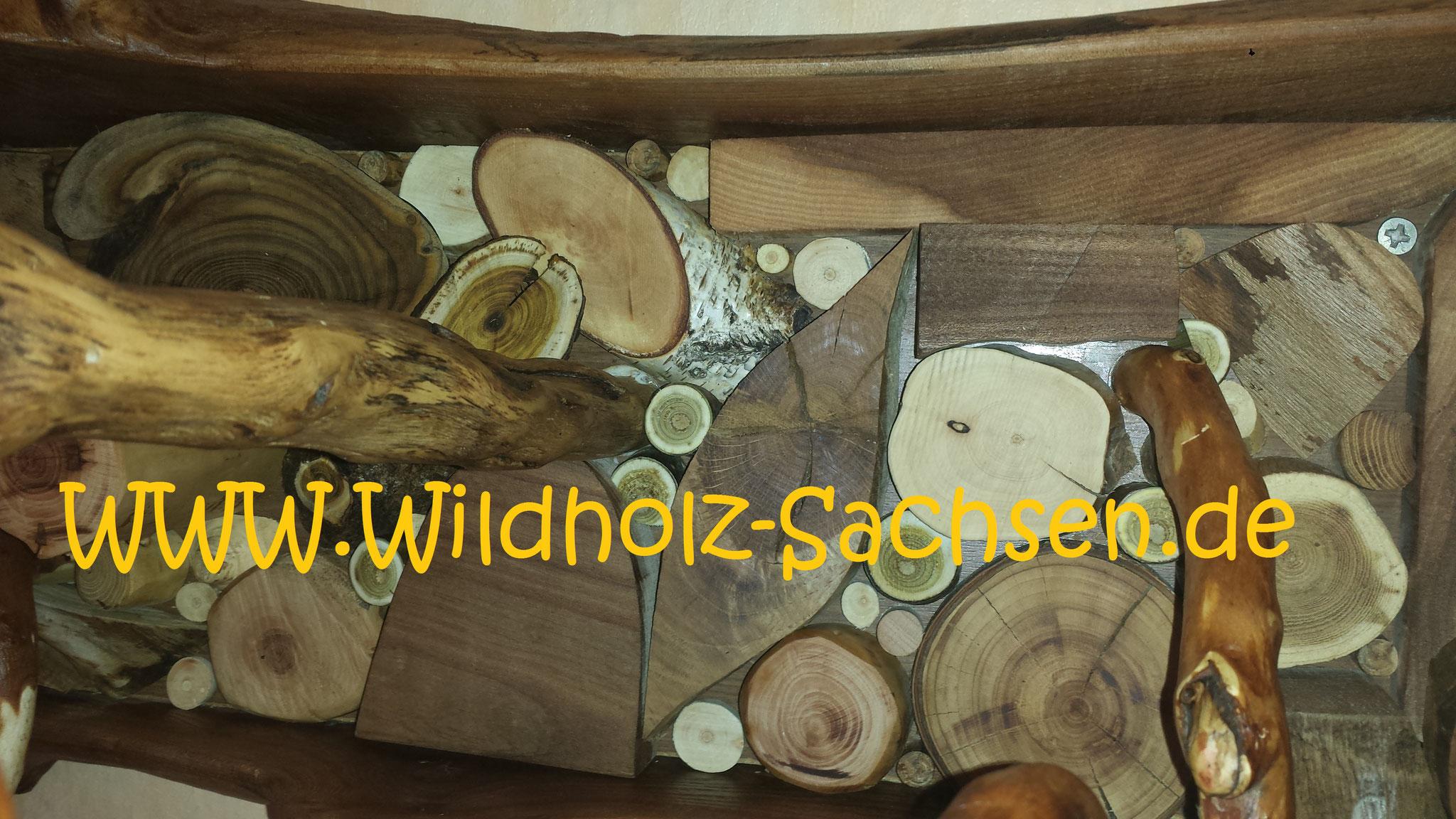 viele verschiedene Holzarten wurden verarbeitet