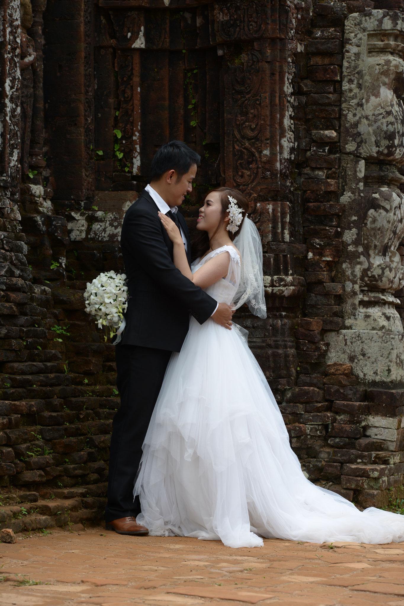Immer wieder in Kultstätten für Hochzeitsbilder anzutreffen