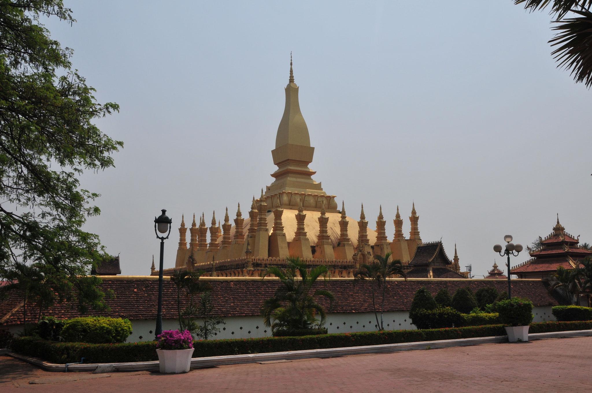 Pha That Luang - die grosse heilige Stupa