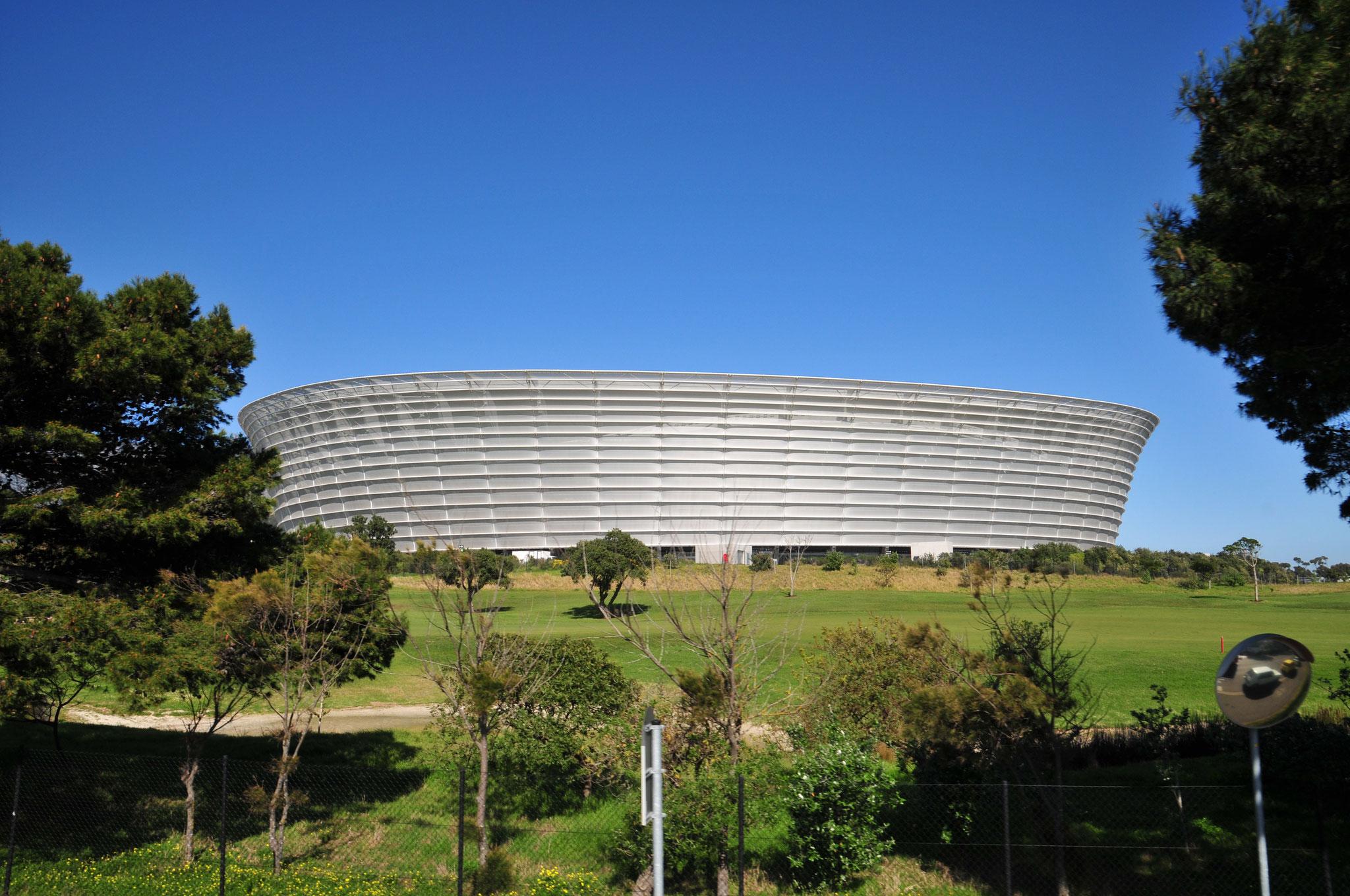 ...und Cape Town Stadium..