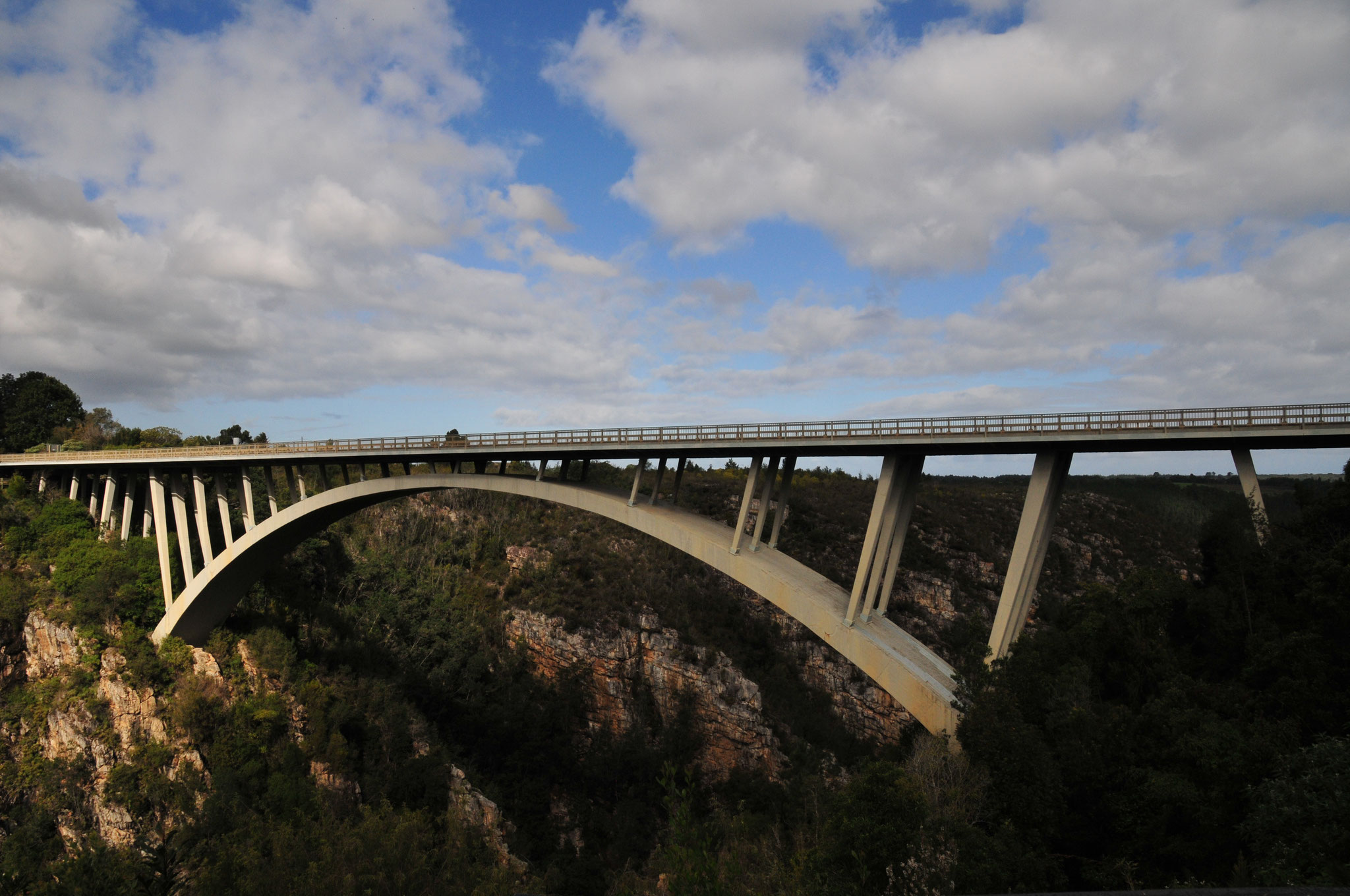 Die Storms River Bridge (190m lang, 130m hoch)