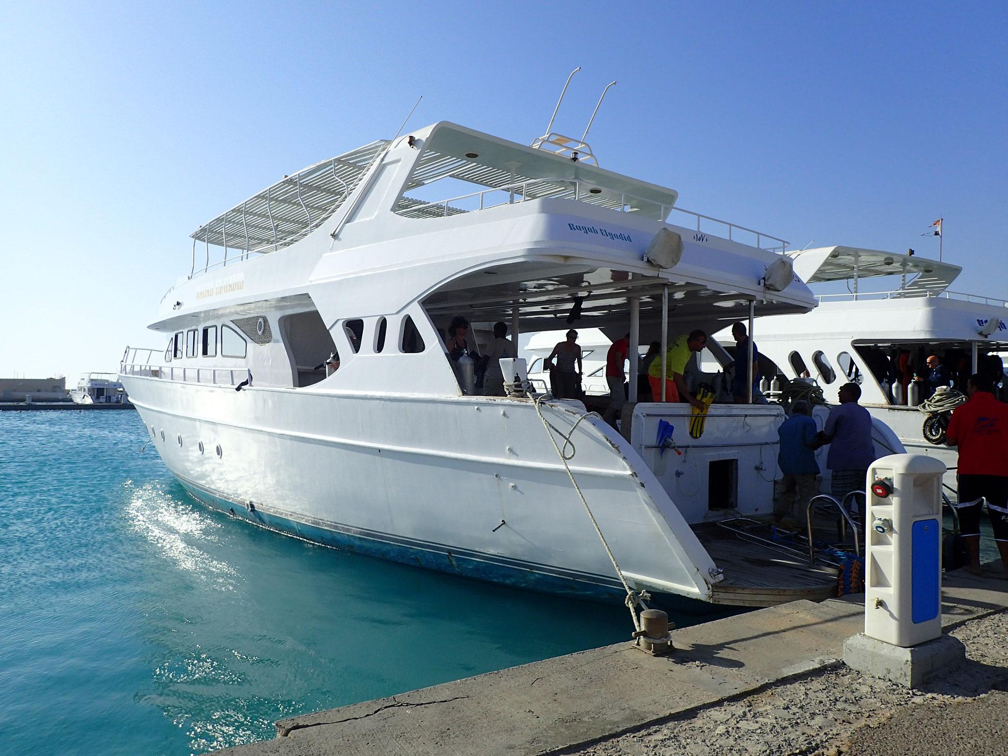 Unser Boot zum ganztägigem Tauchausflug