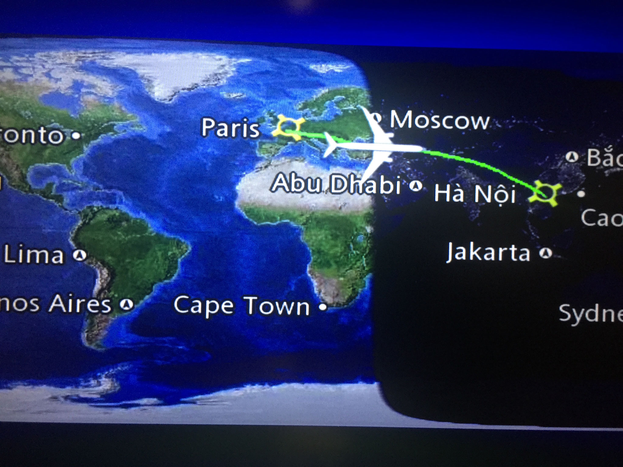 Flug ab Zürich via Paris nach Hanoi (Vietnam)