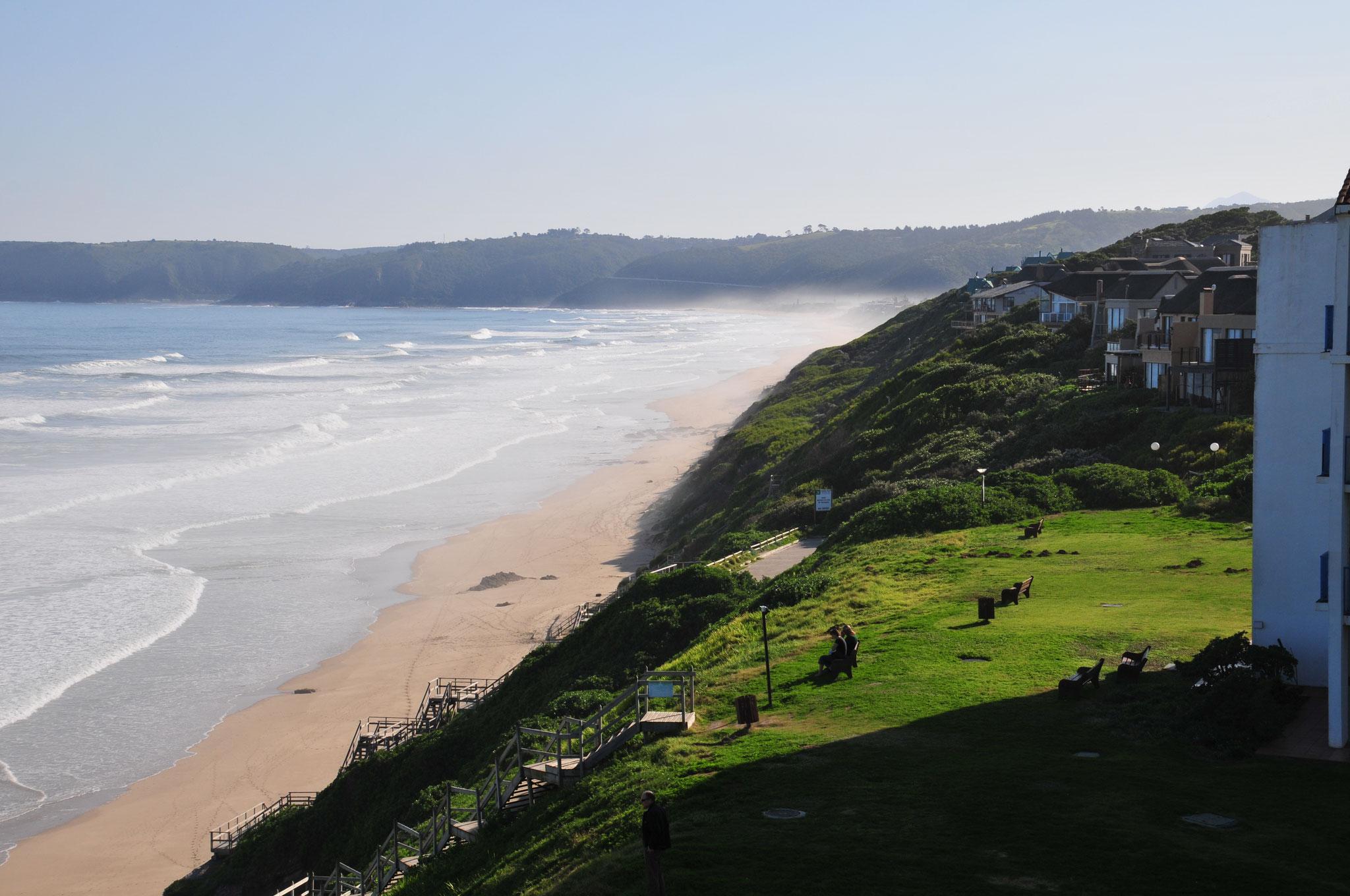 ..auf einen traumhaften Strand, welcher zu einem Spaziergang einlädt