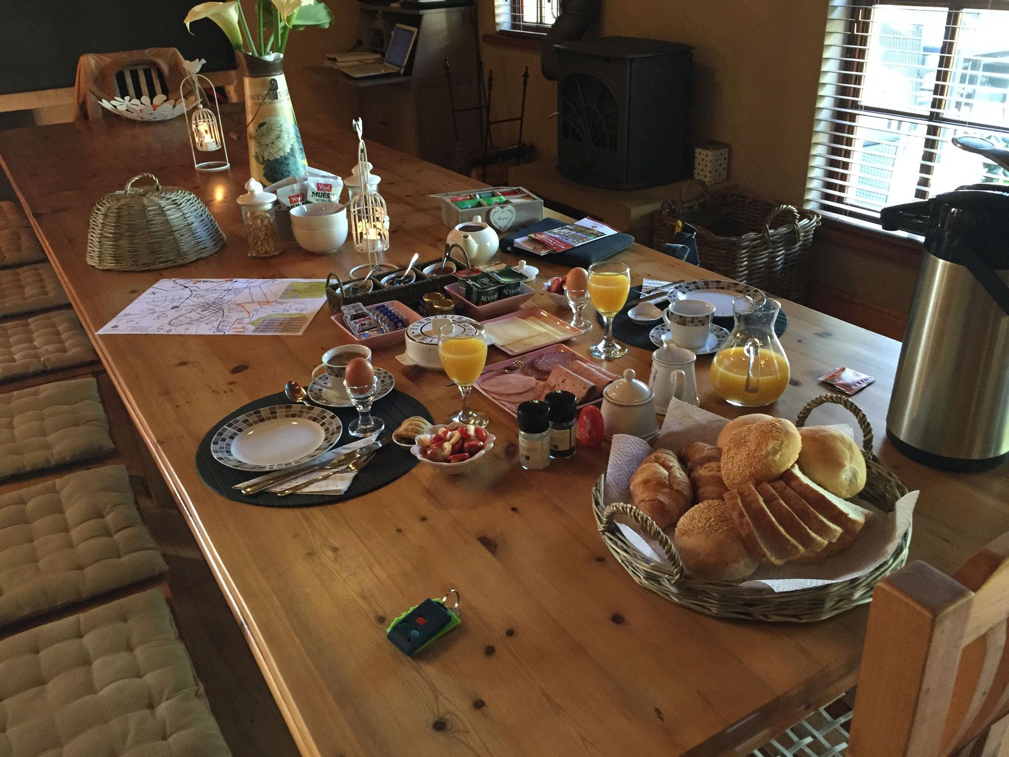 Tag 15 - Nachdem uns Kris im Restaurant abgeholt hat, gut geschlafen und ausgiebig gefrühstückt