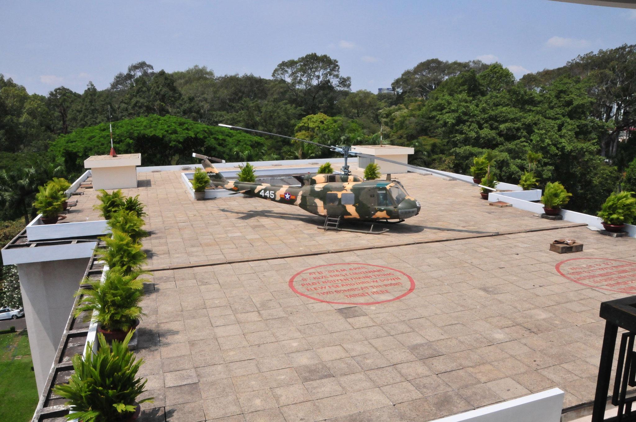 Der Heli auf dem Dach