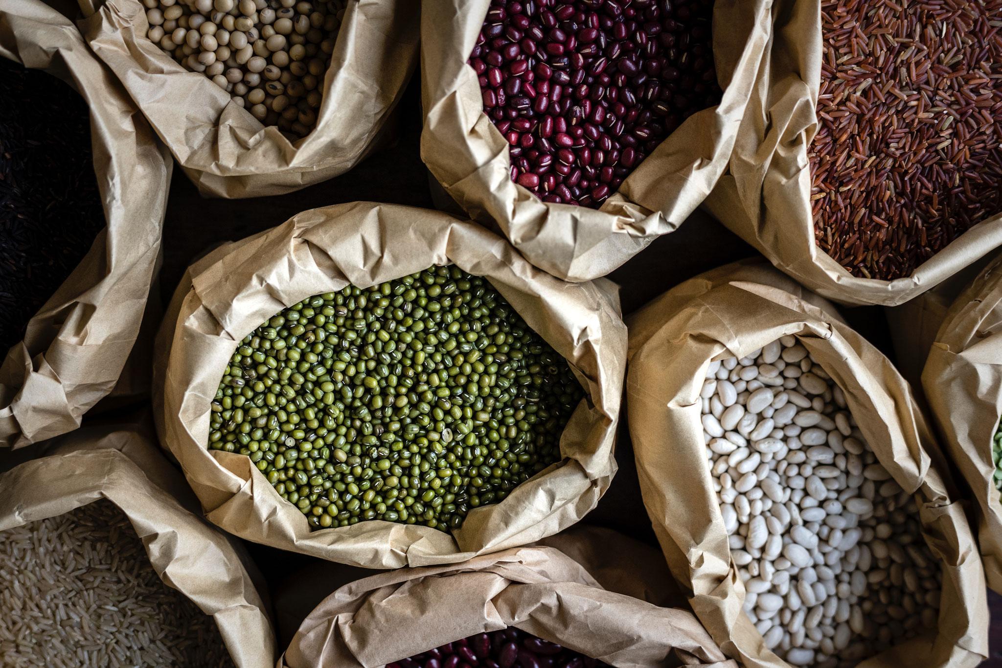 Ballaststoffe: Hülsenfrüchte wie Linsen, Bohnen und Kichererbsen gelten als Fatburner
