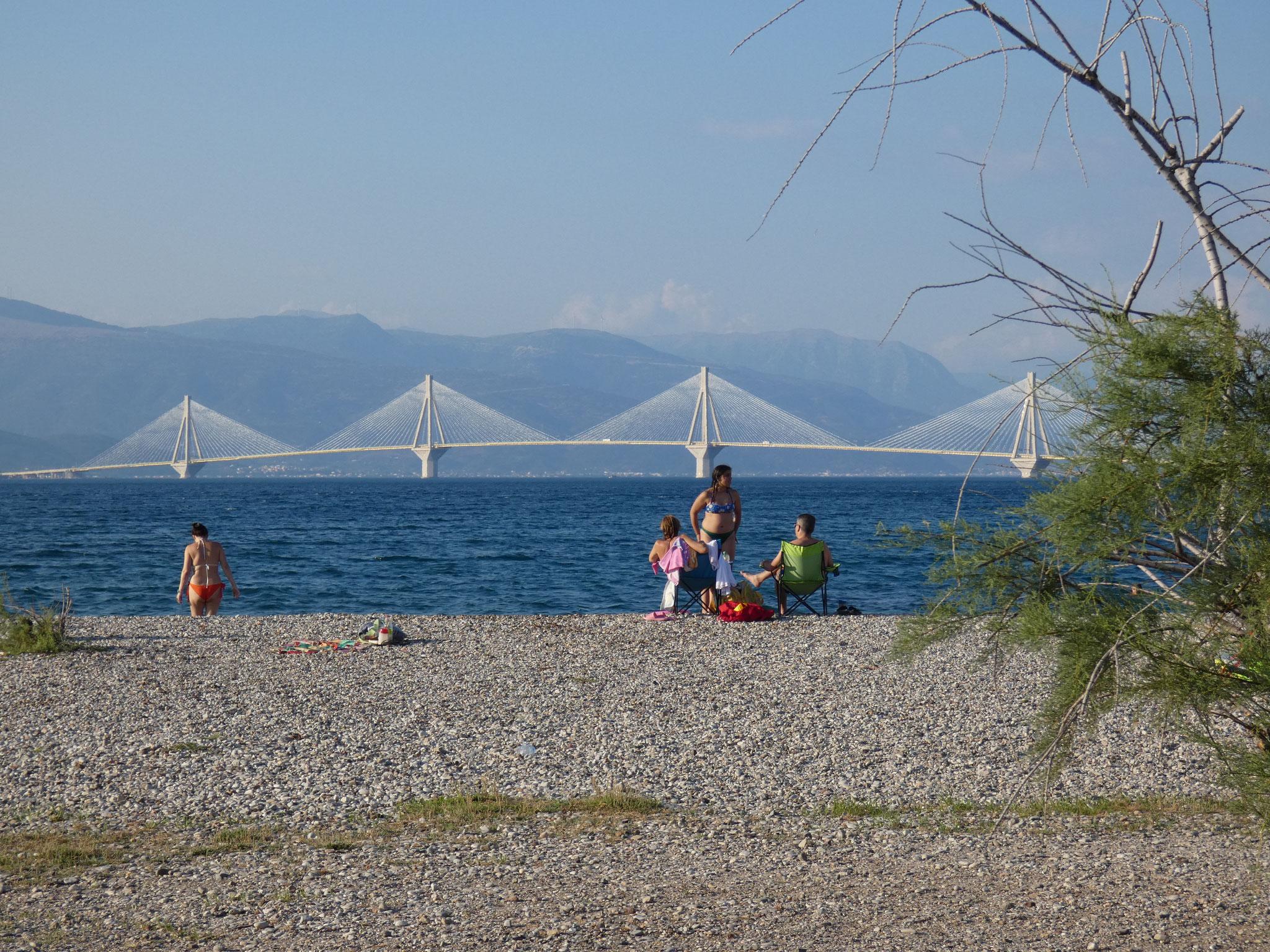 Übernachtungsplatz Patras mit Brücke