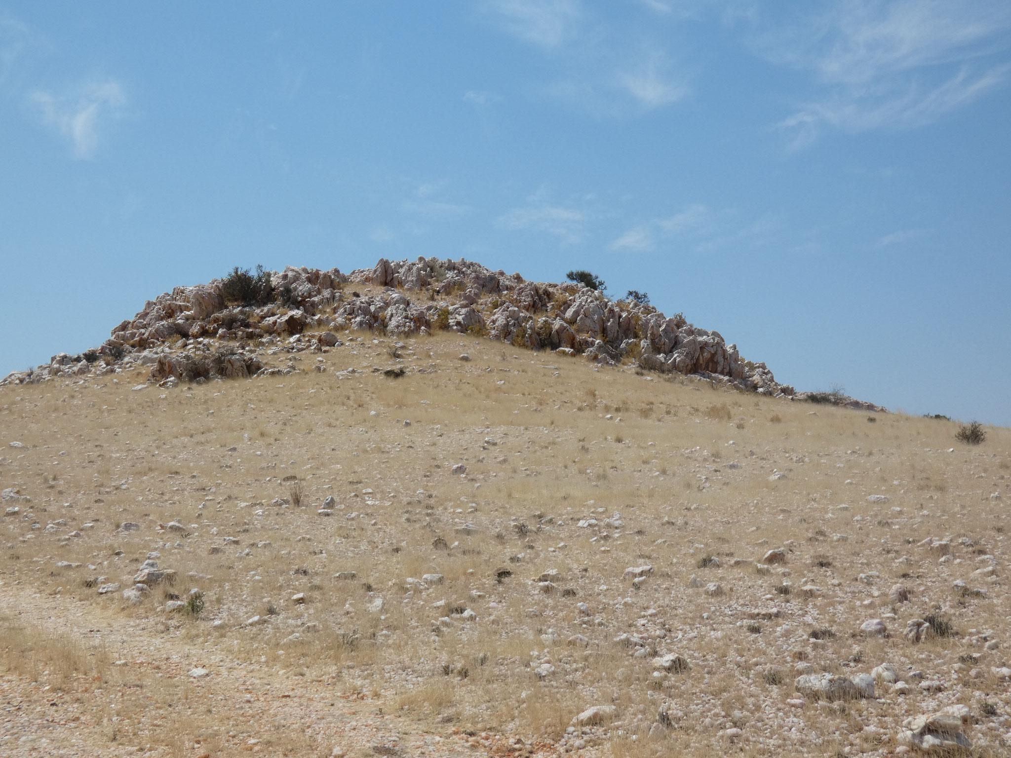 Hügel mit Rosenquarz