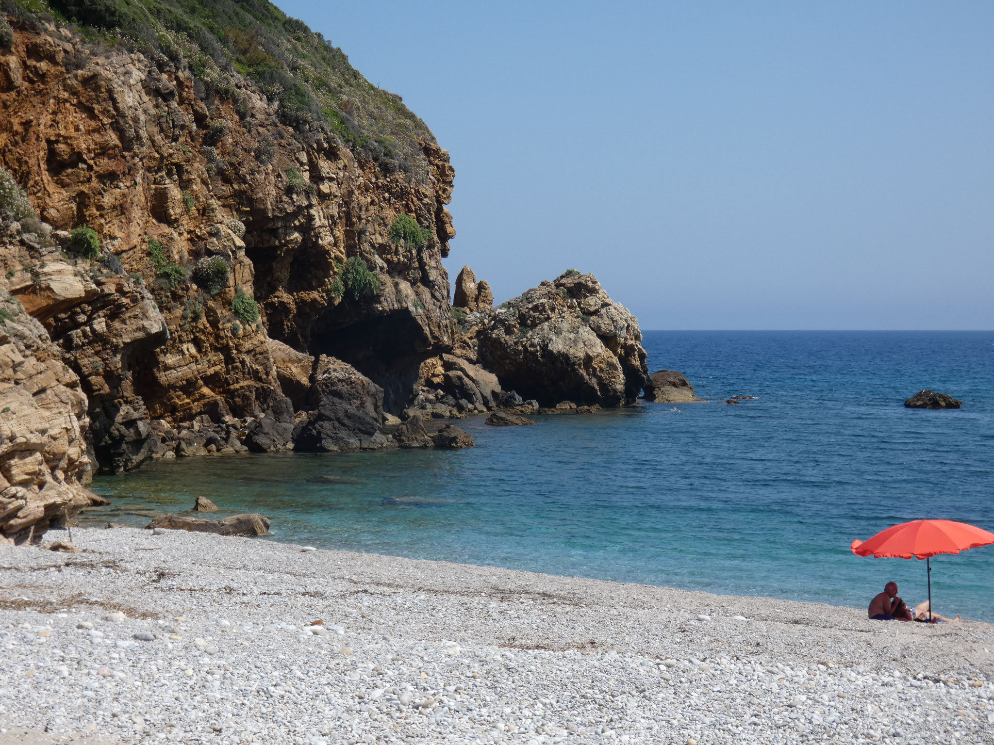 ... und Beach Paralia Iris