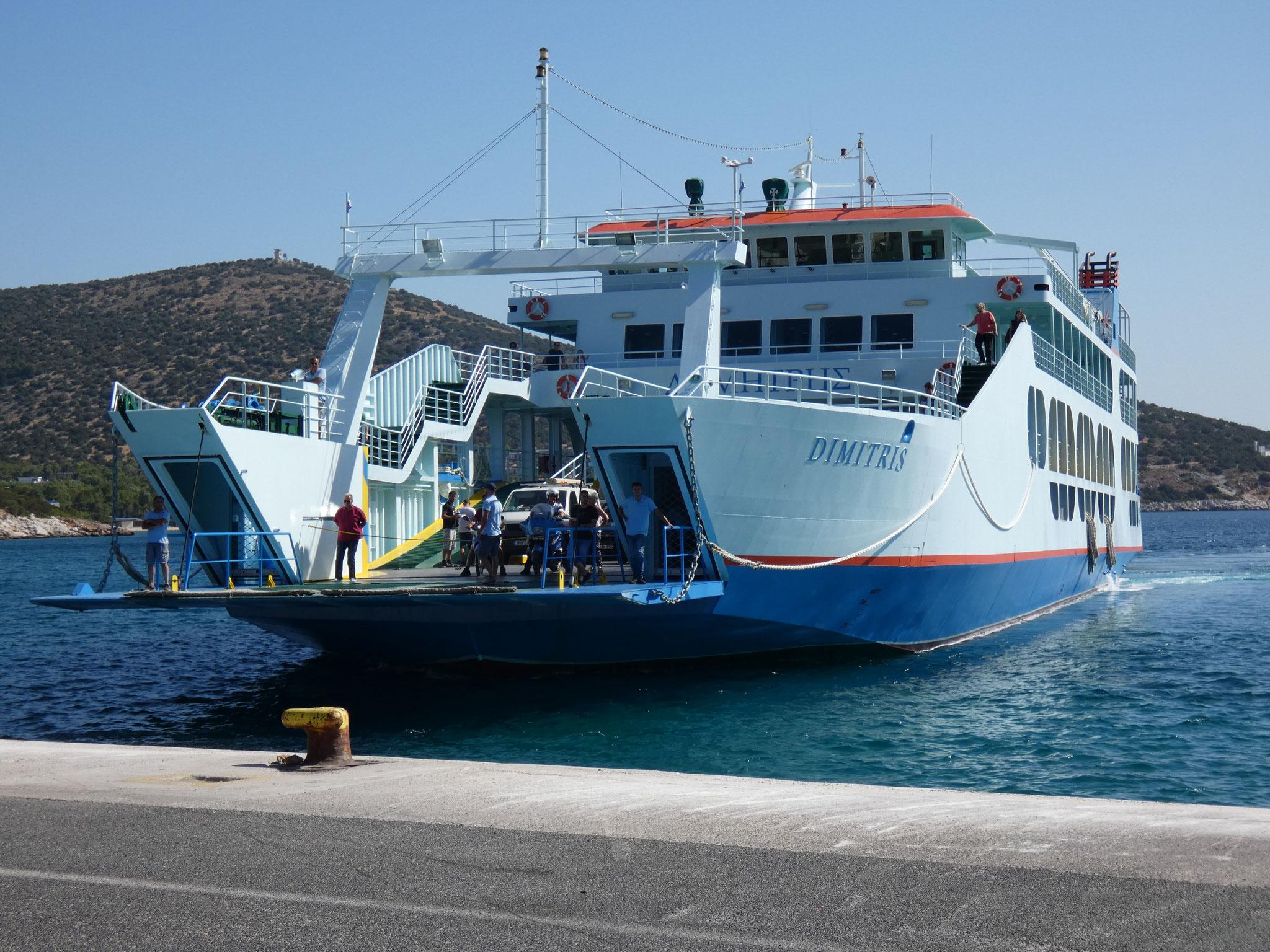 mit der Fähre auf die Insel Evia