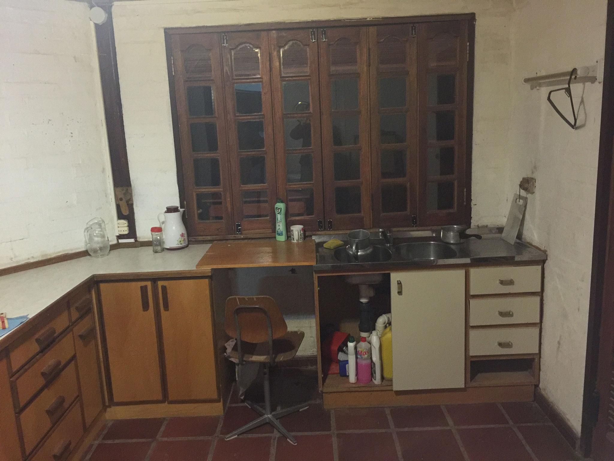 Lehrerwohnung, Küche