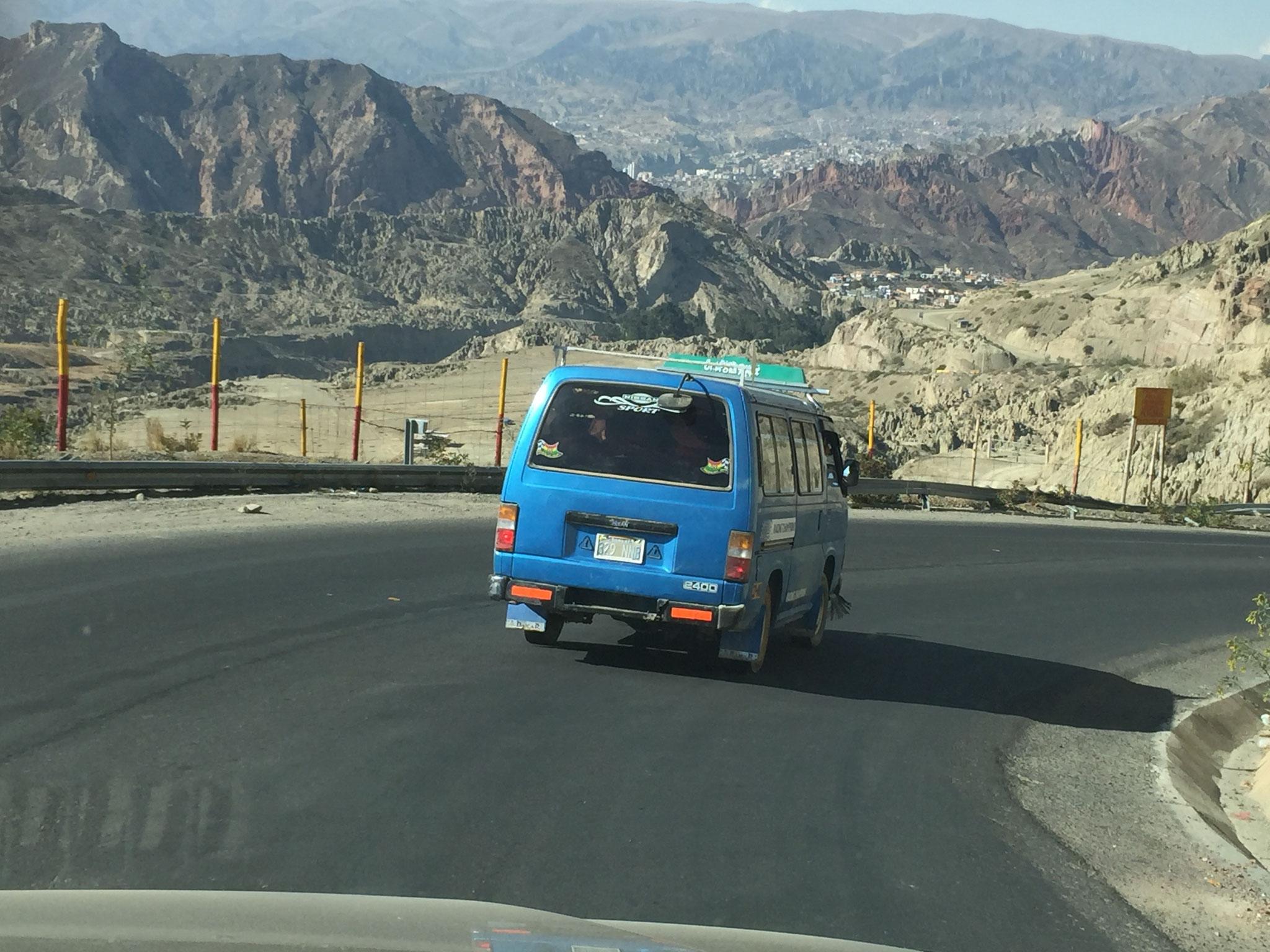 Von 4000m auf 3200m in La Paz