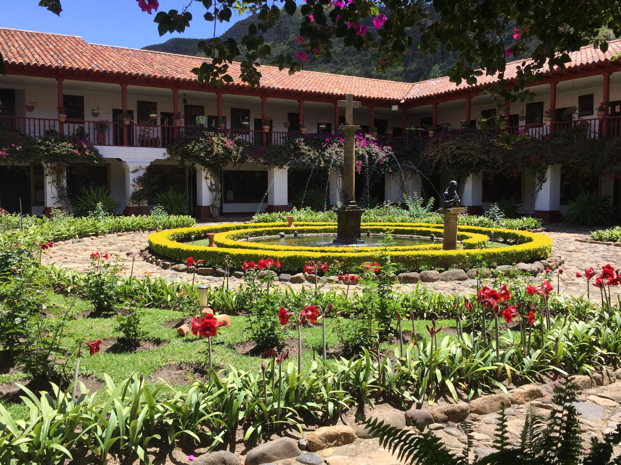 .... schöner Gartenanlage
