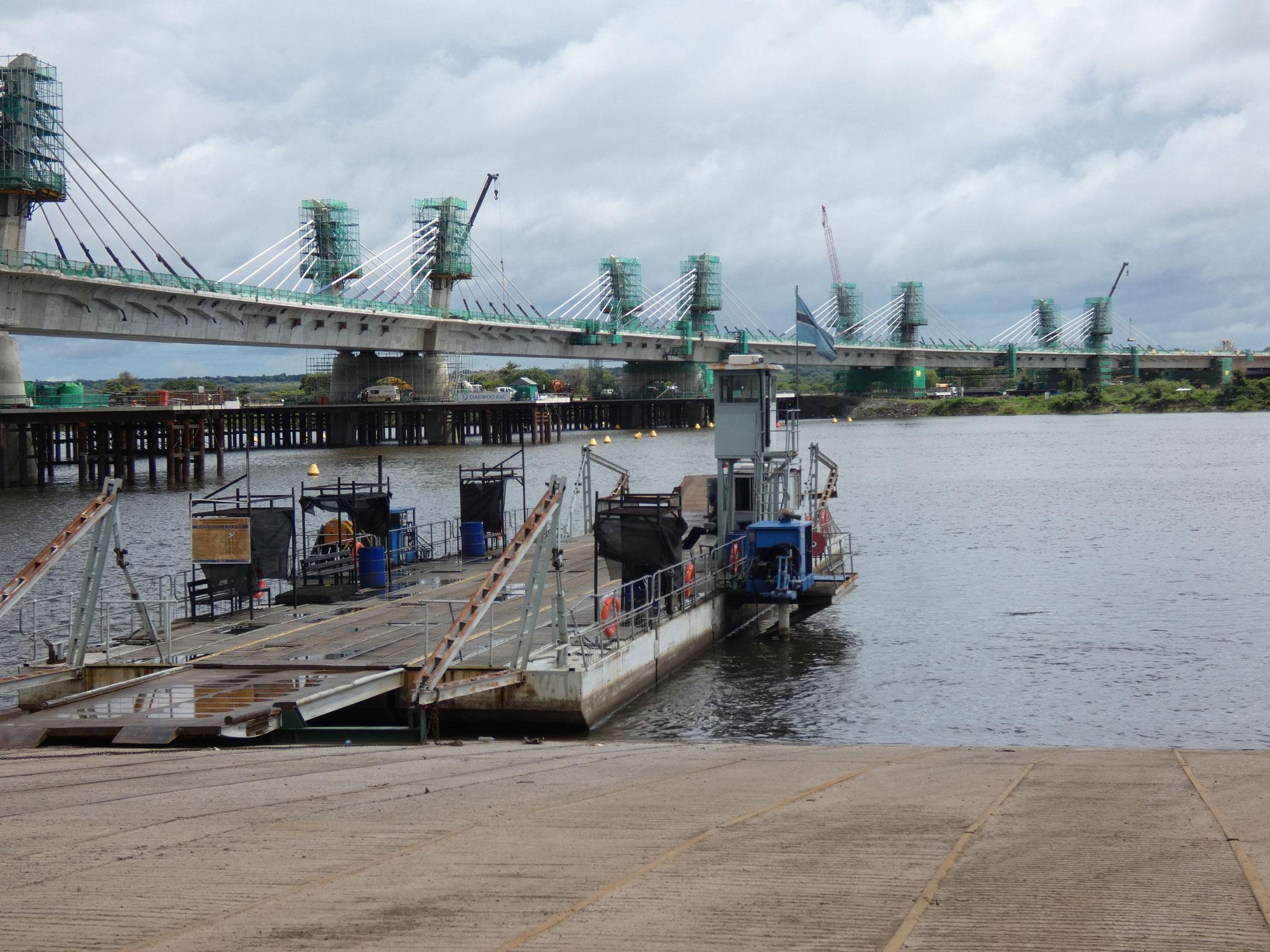 neue Brücke entsteht