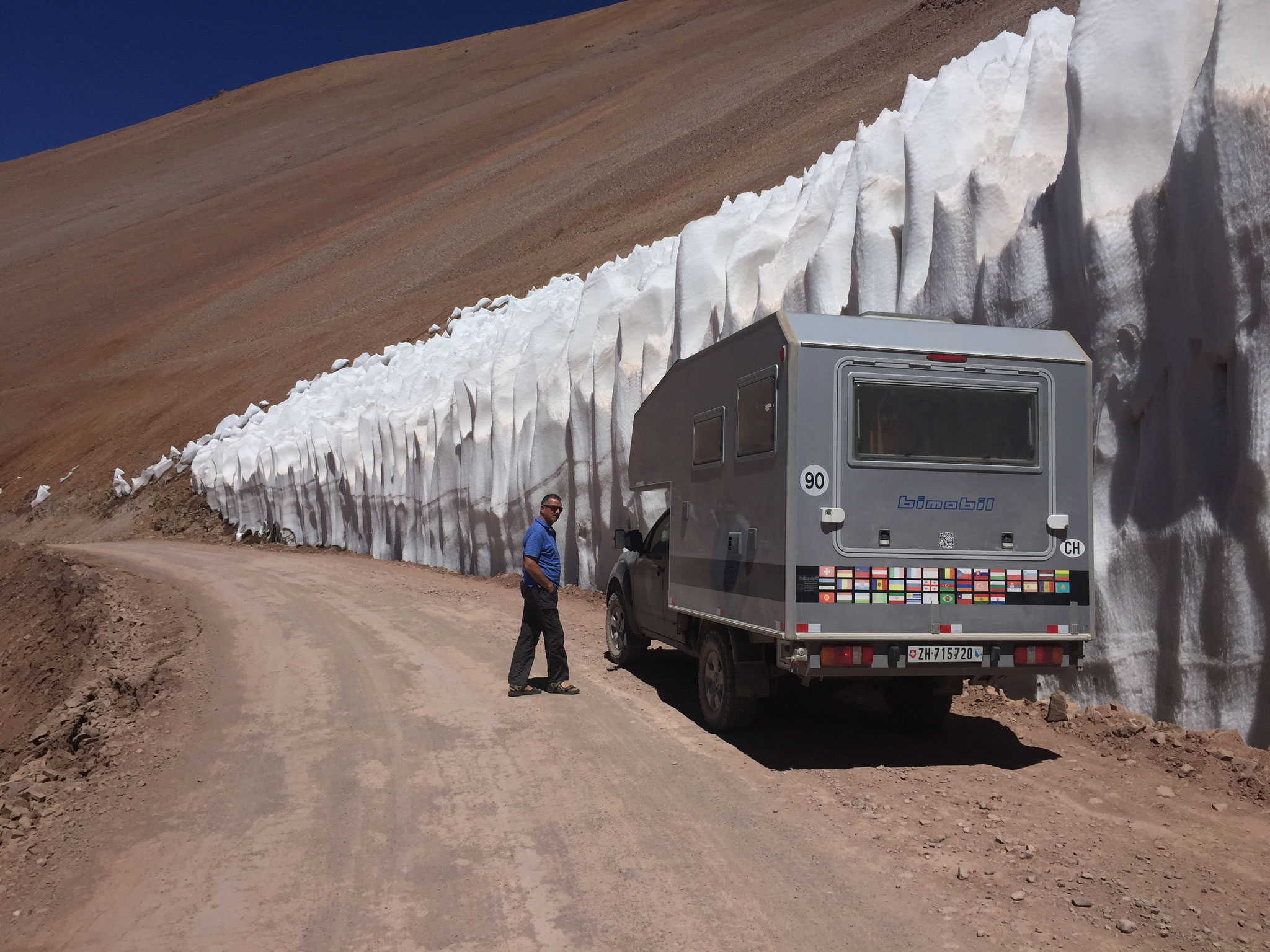 Büsser-Schneeformationen auf 4000m