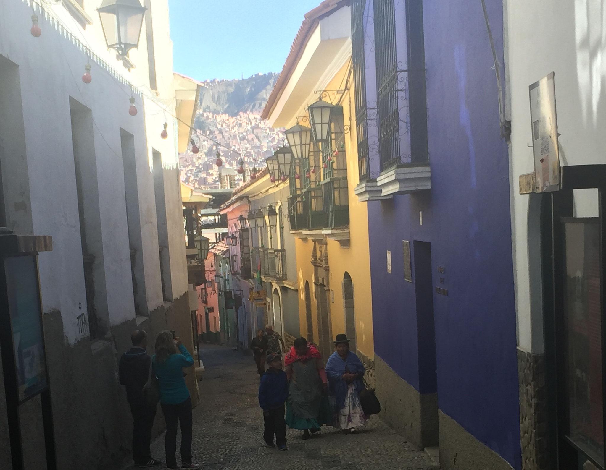 in den engen Gassen von La Paz