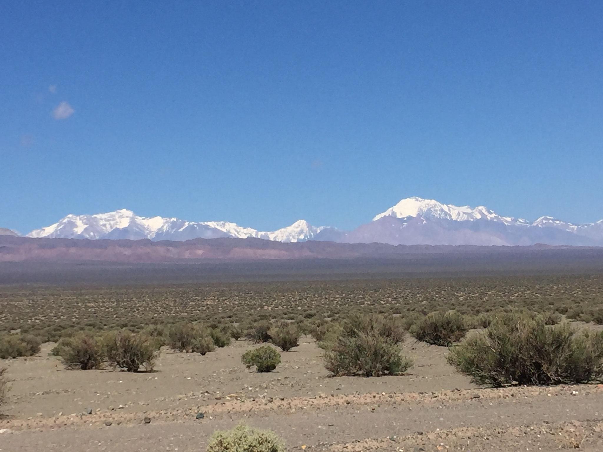 Ein Tal in den Anden Richtung San Juan