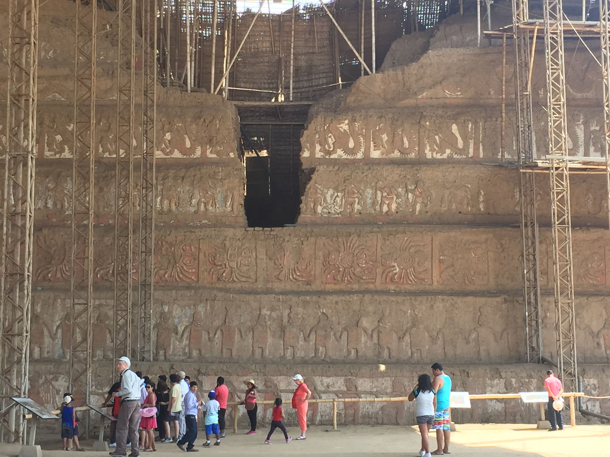 Pyramide del Luna mit den Wandmalereien