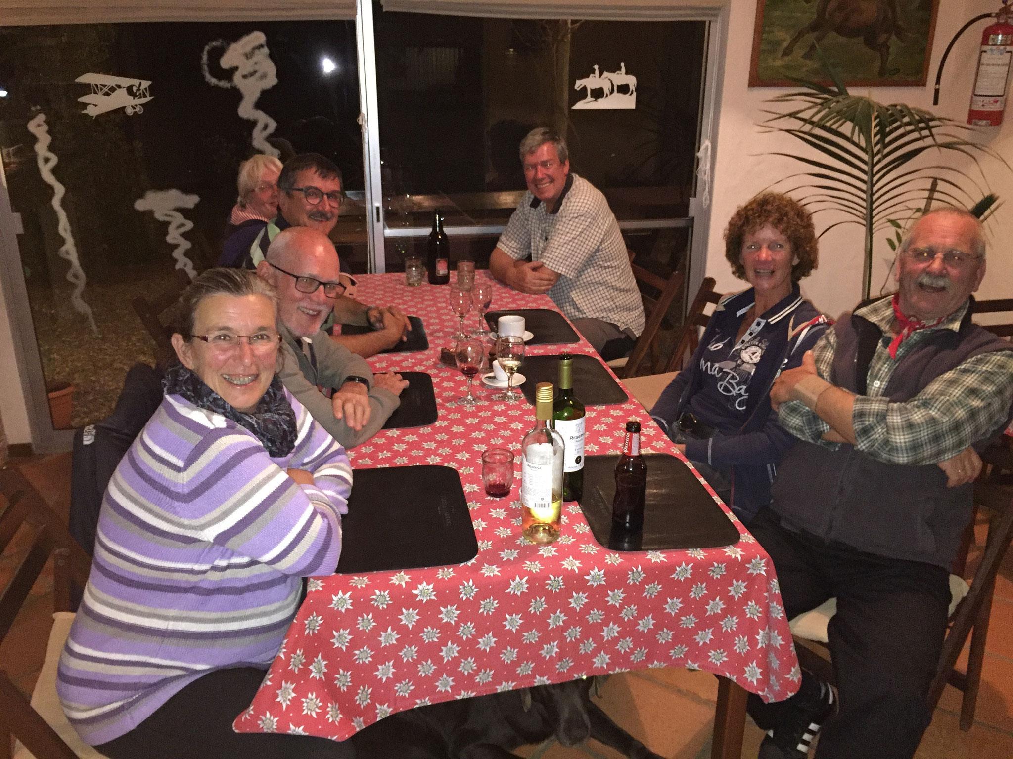 Paraiso Suizo mit Heinz uns Silvia und Reisenden