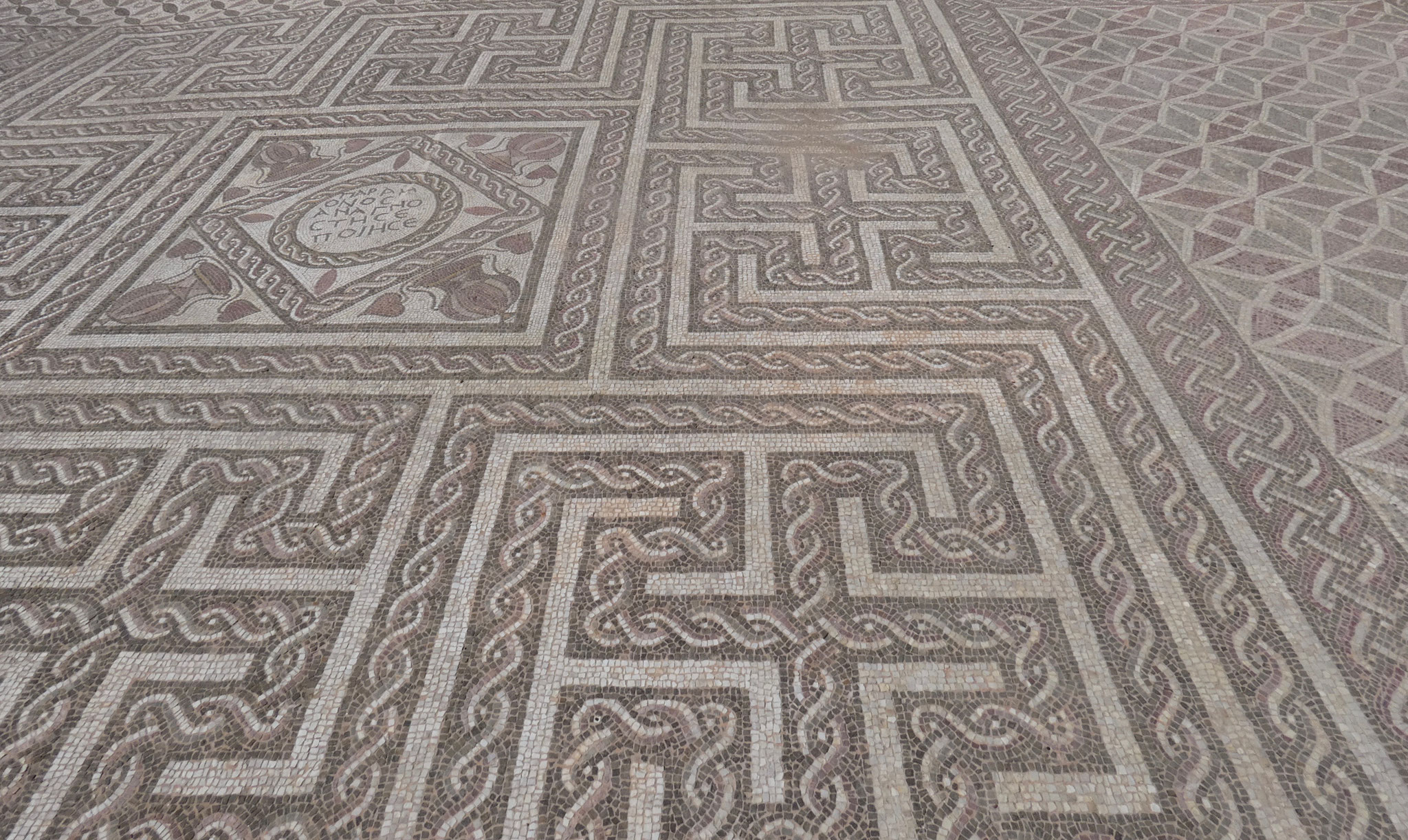 .... mit schönen Mosaiken....