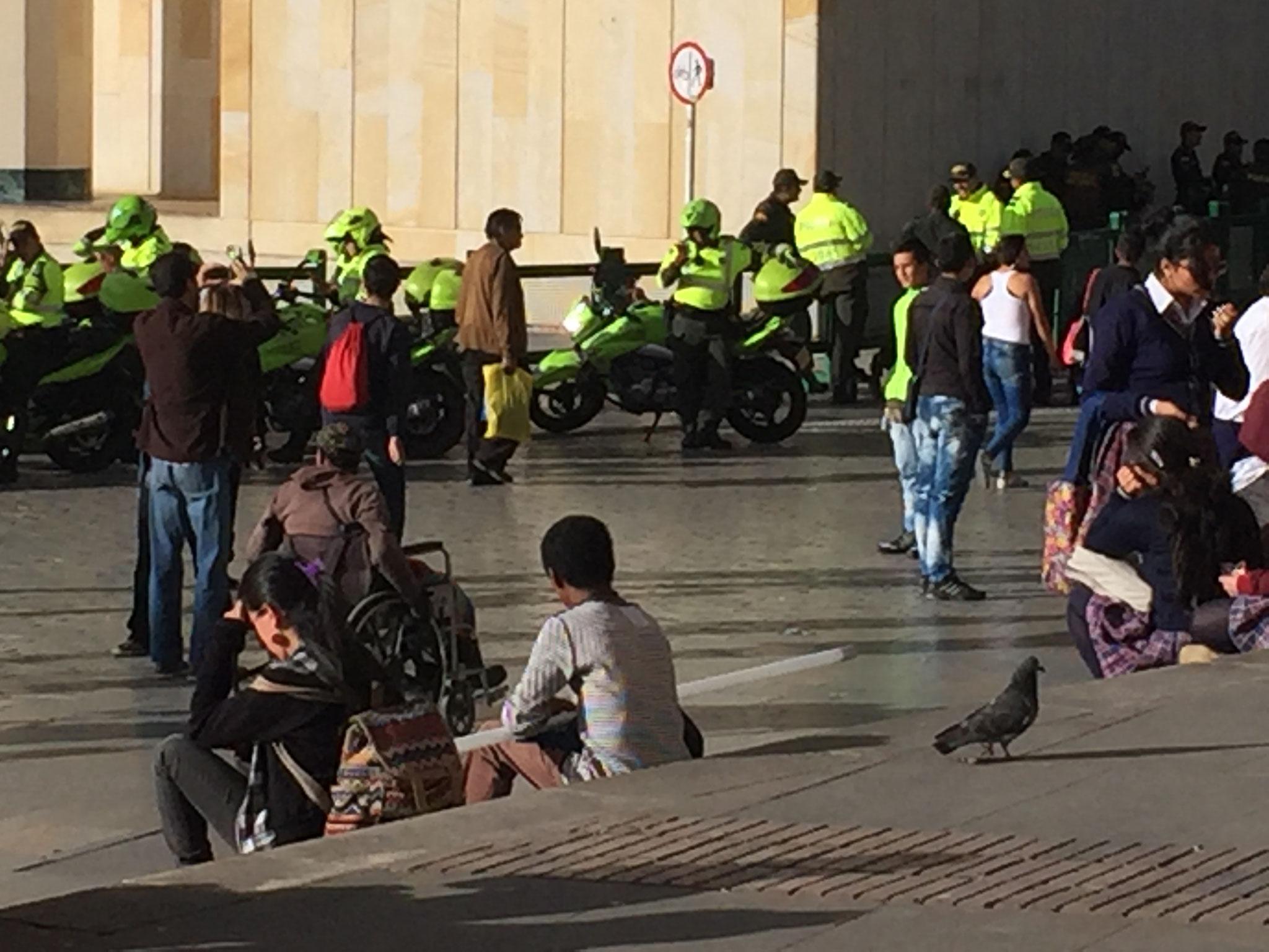 Polizeiaufgebot am Plaza de Bolivar
