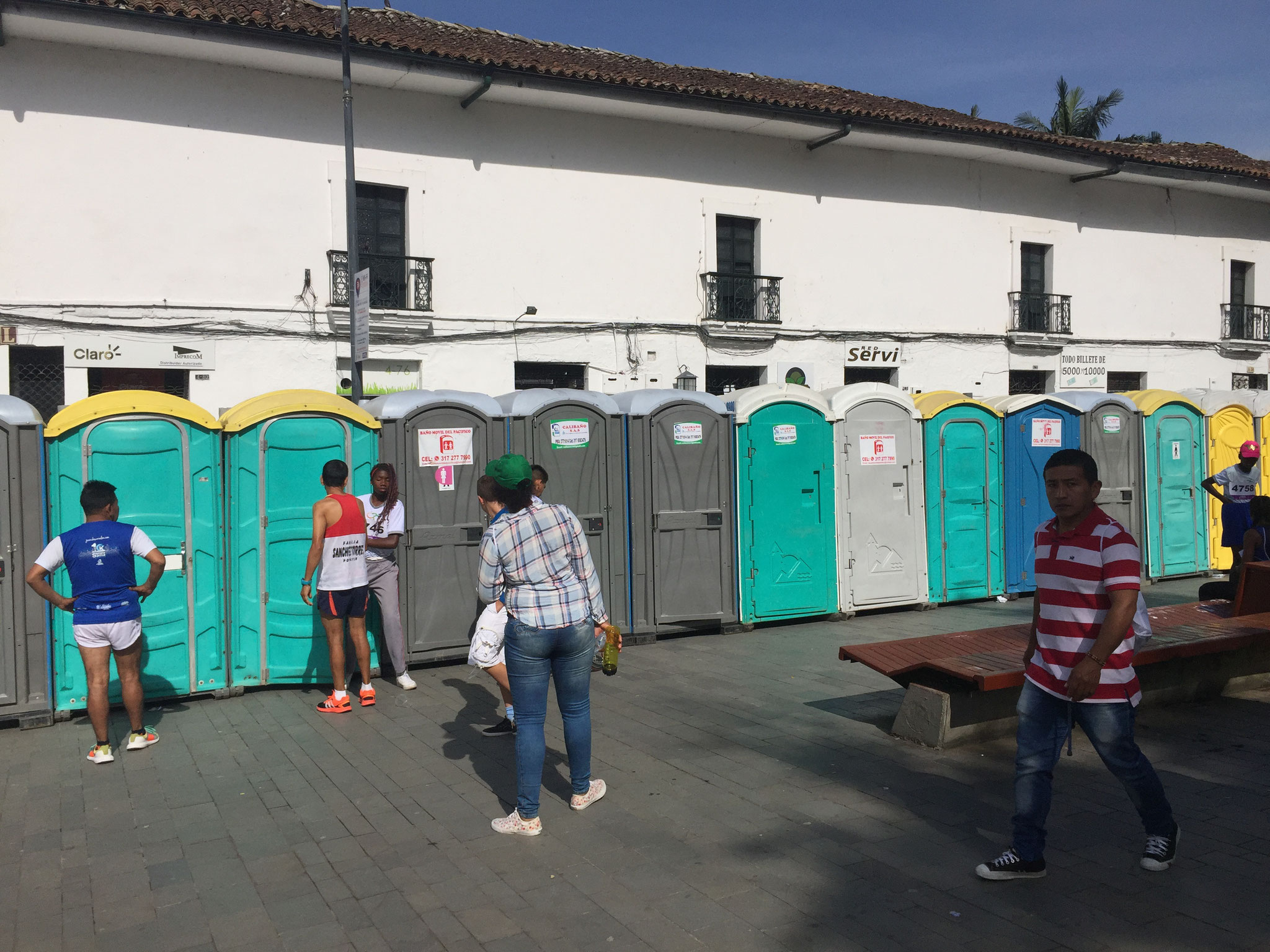.... und viele Toilette