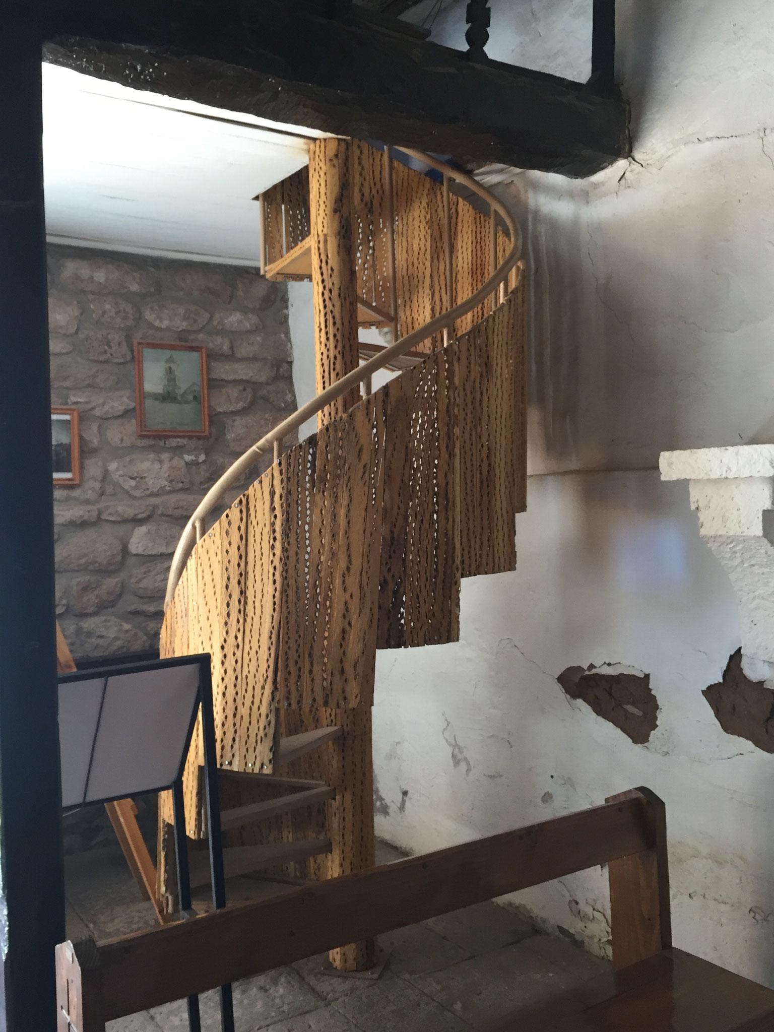 ... und der Treppe aus Kaktusholz