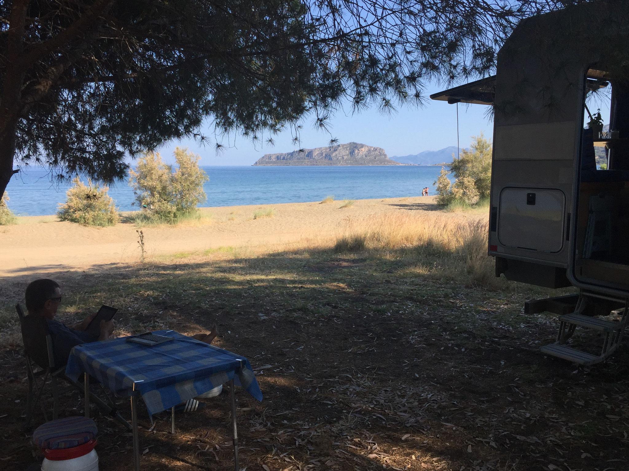 Übernachtungsplatz in der Bucht Linear