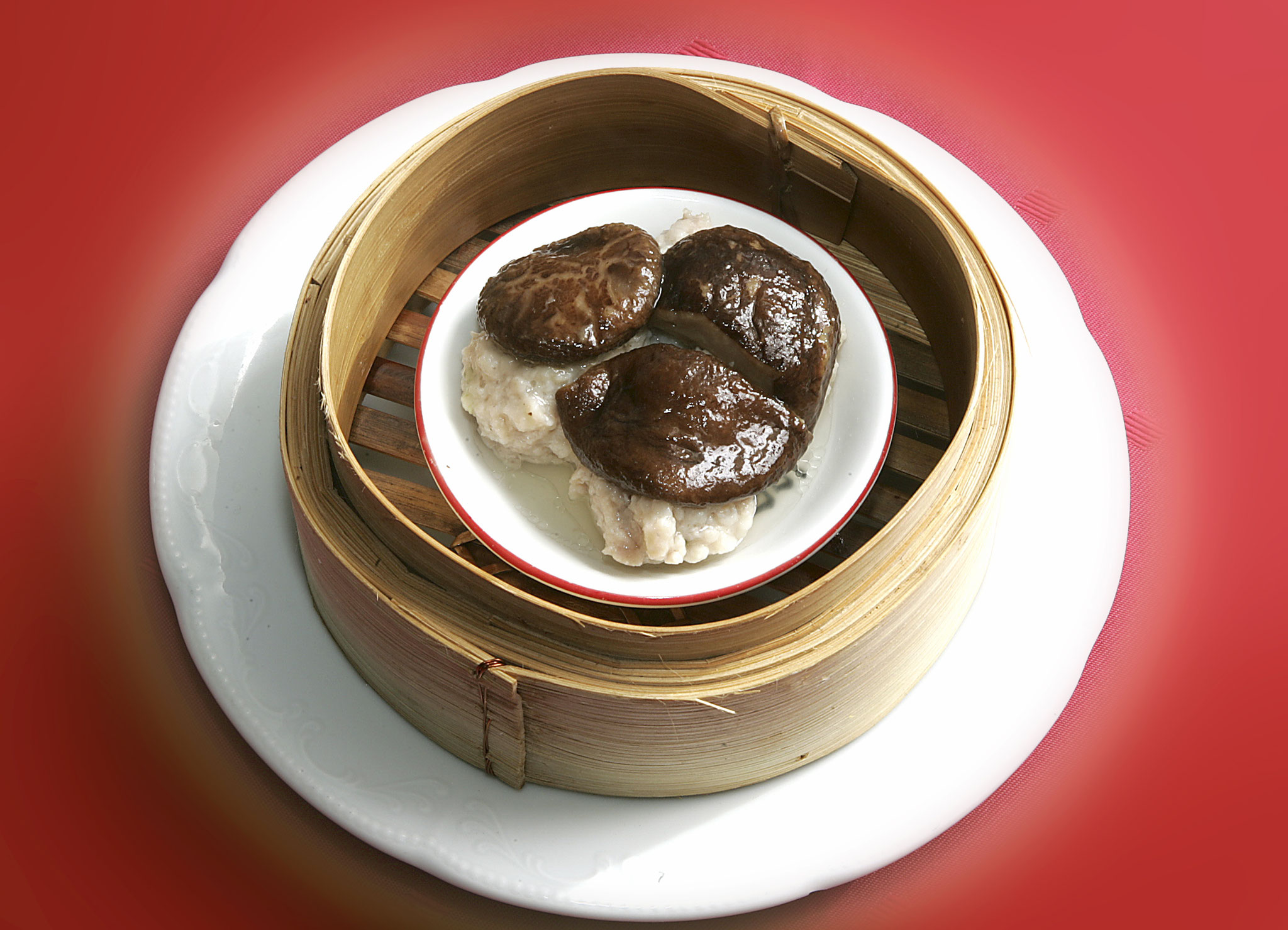 Shitake Shao-Mai (Steamed Pork Meat Balls with Chinese Mushroom)