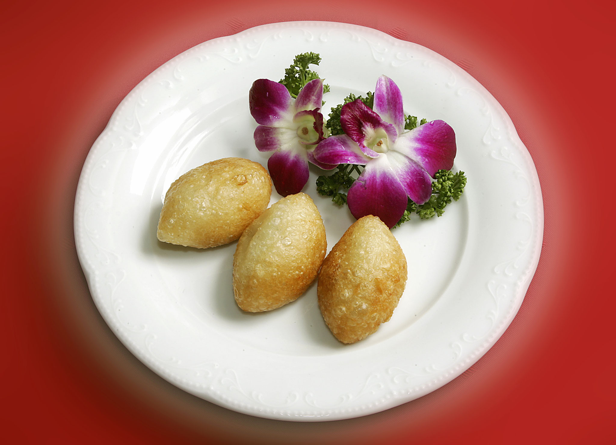 Deepfried Glutinous Rice Flour Dumpling filled with mixed minced meat
