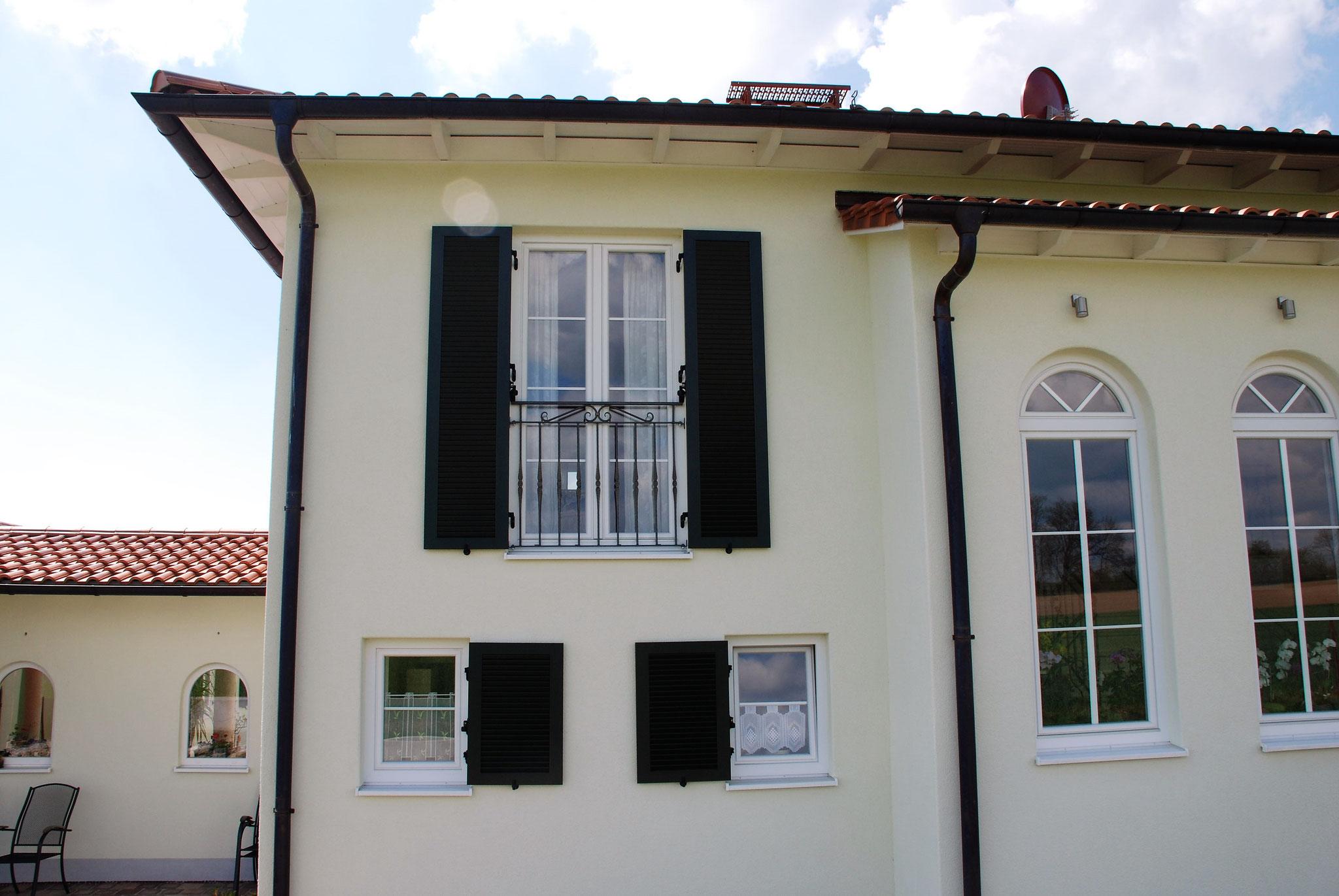 französischer Balkon in Schmiedeeisen