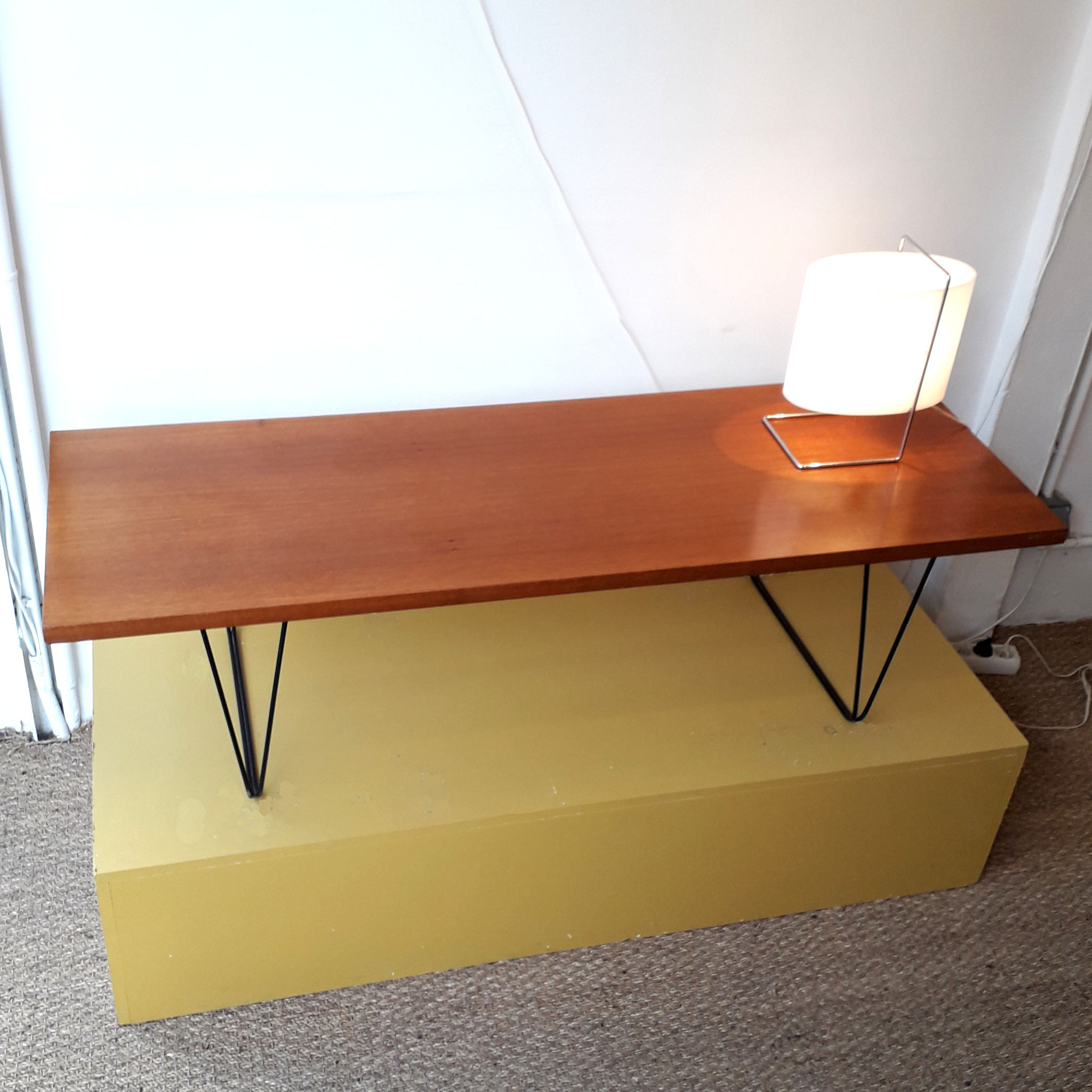 Table basse CM 191, édition Thonet, 1959