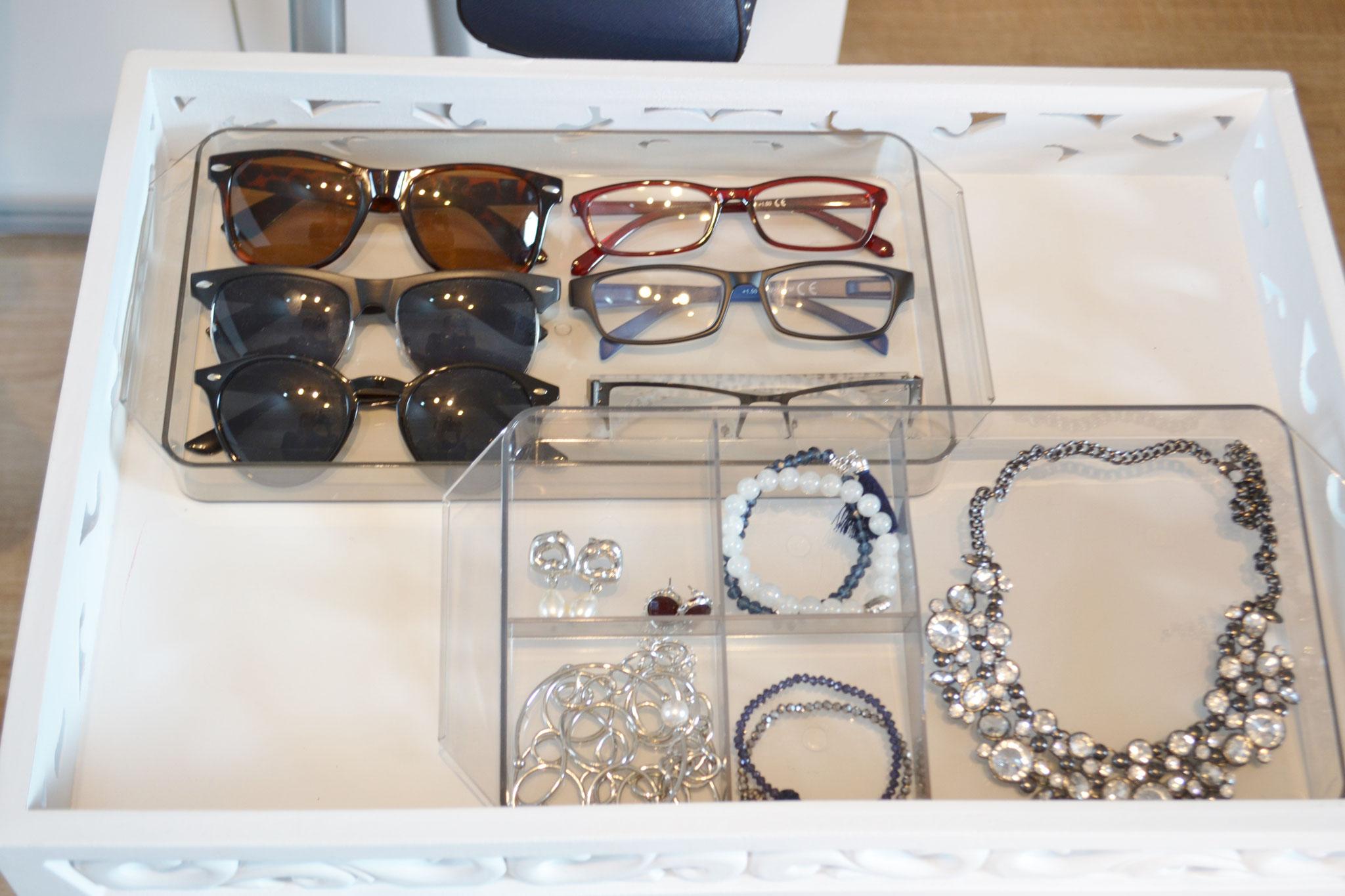 Wie ist meine ideale Brillen- und Schmuckform?