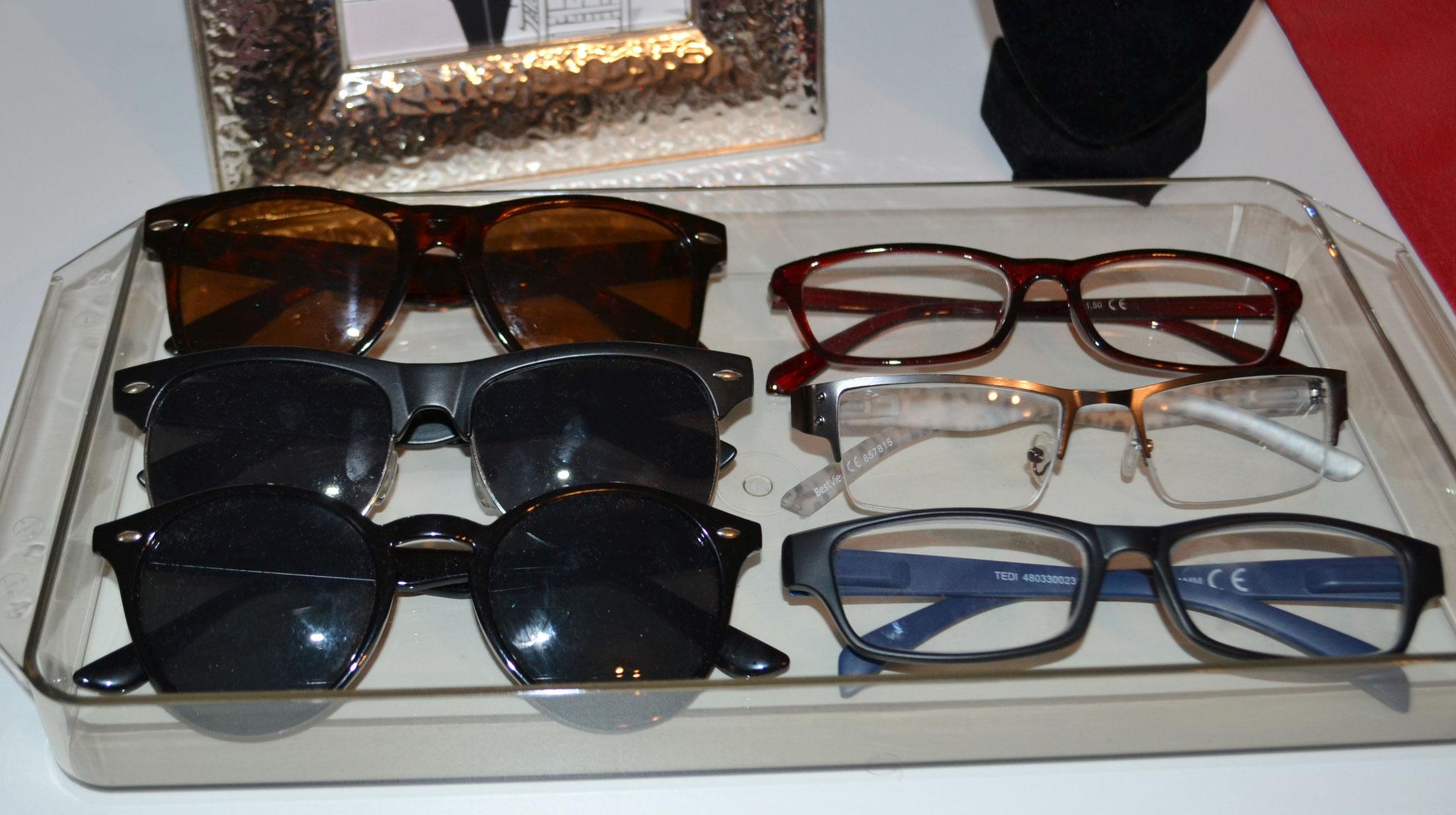 Welche Brillenform passt zu mir? Erfahren Sie es innerhalb einer Stilberatung.