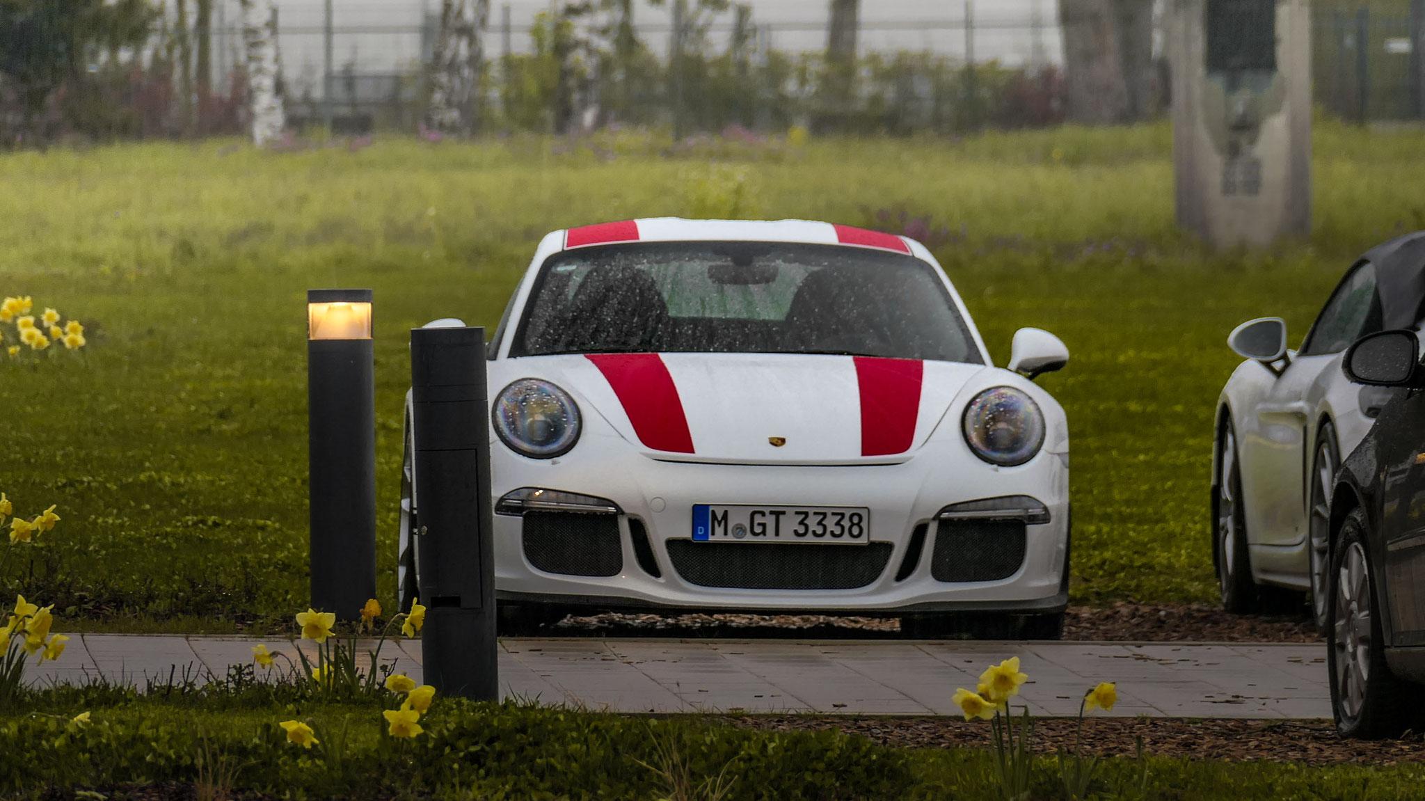 Porsche 911 R - M-GT-3338
