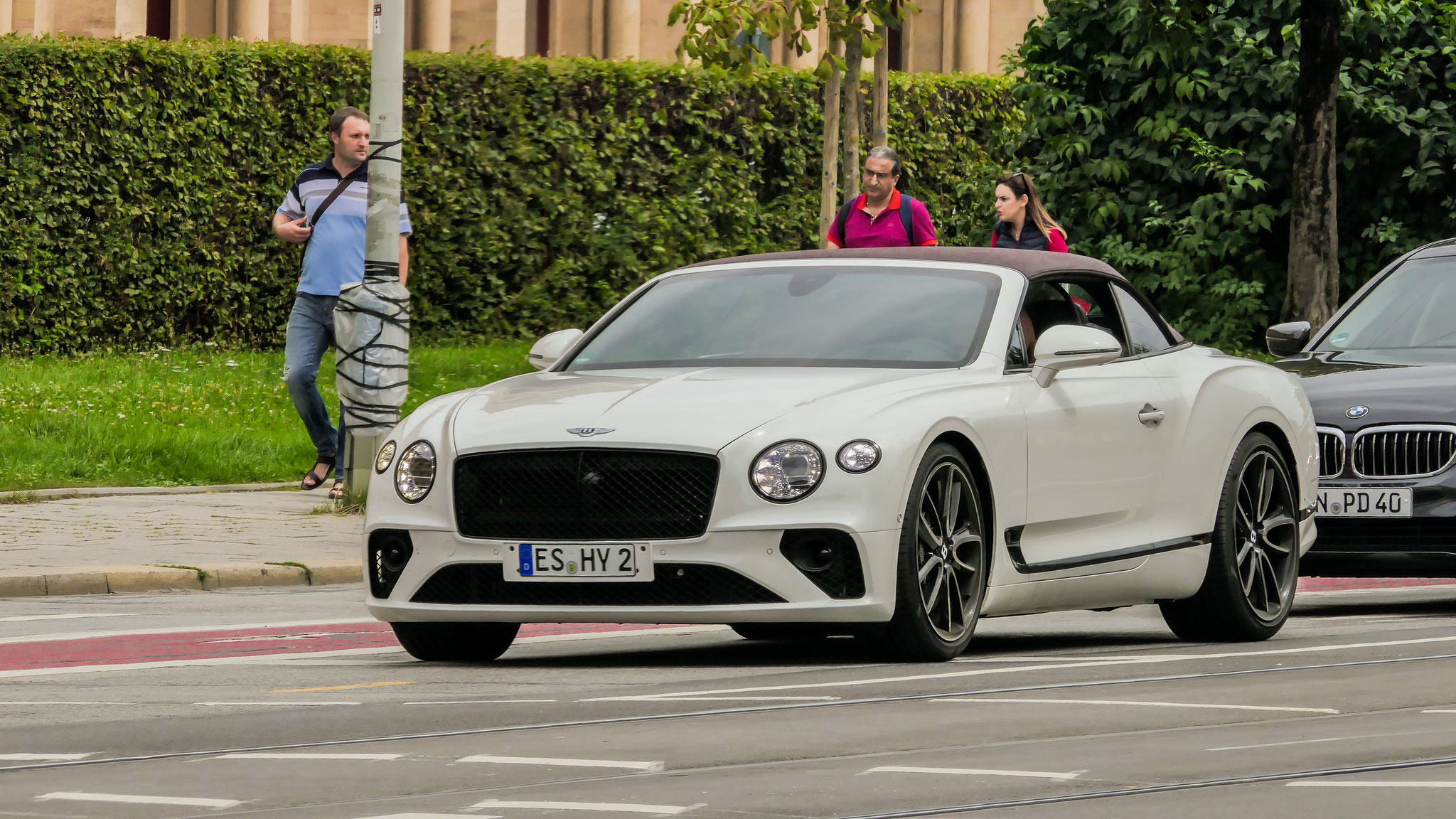 Bentley Continental GTC - ES-HY-2