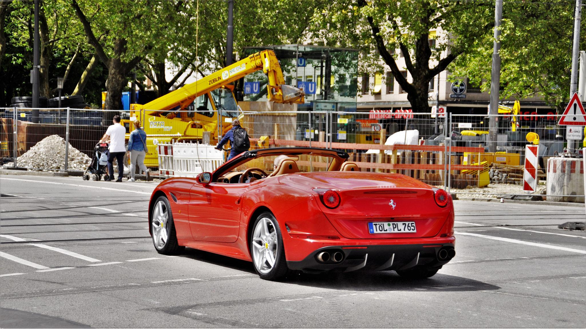 Ferrari California T - TÖL-PL-765