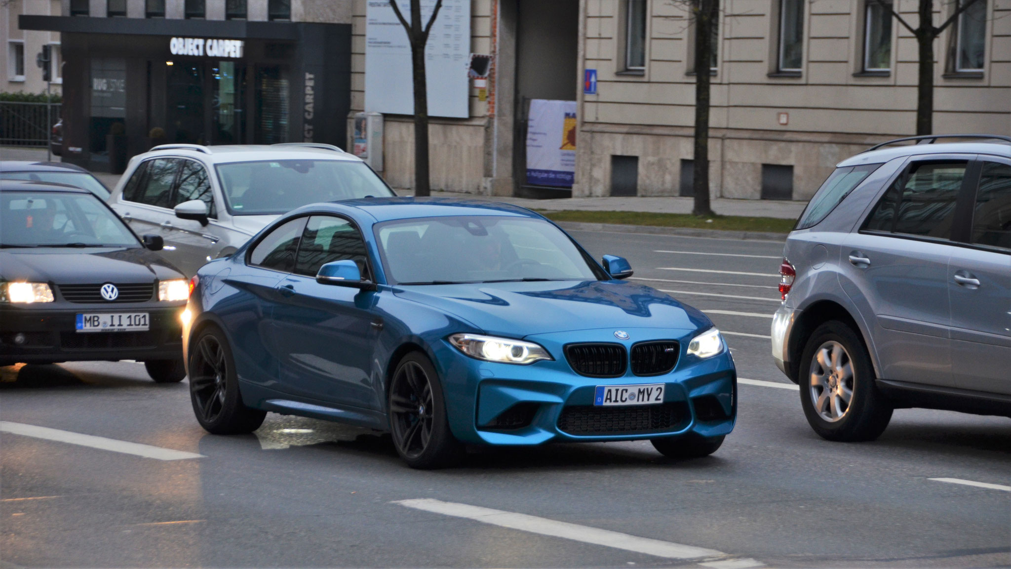 BMW M2 - AIC-MY-2