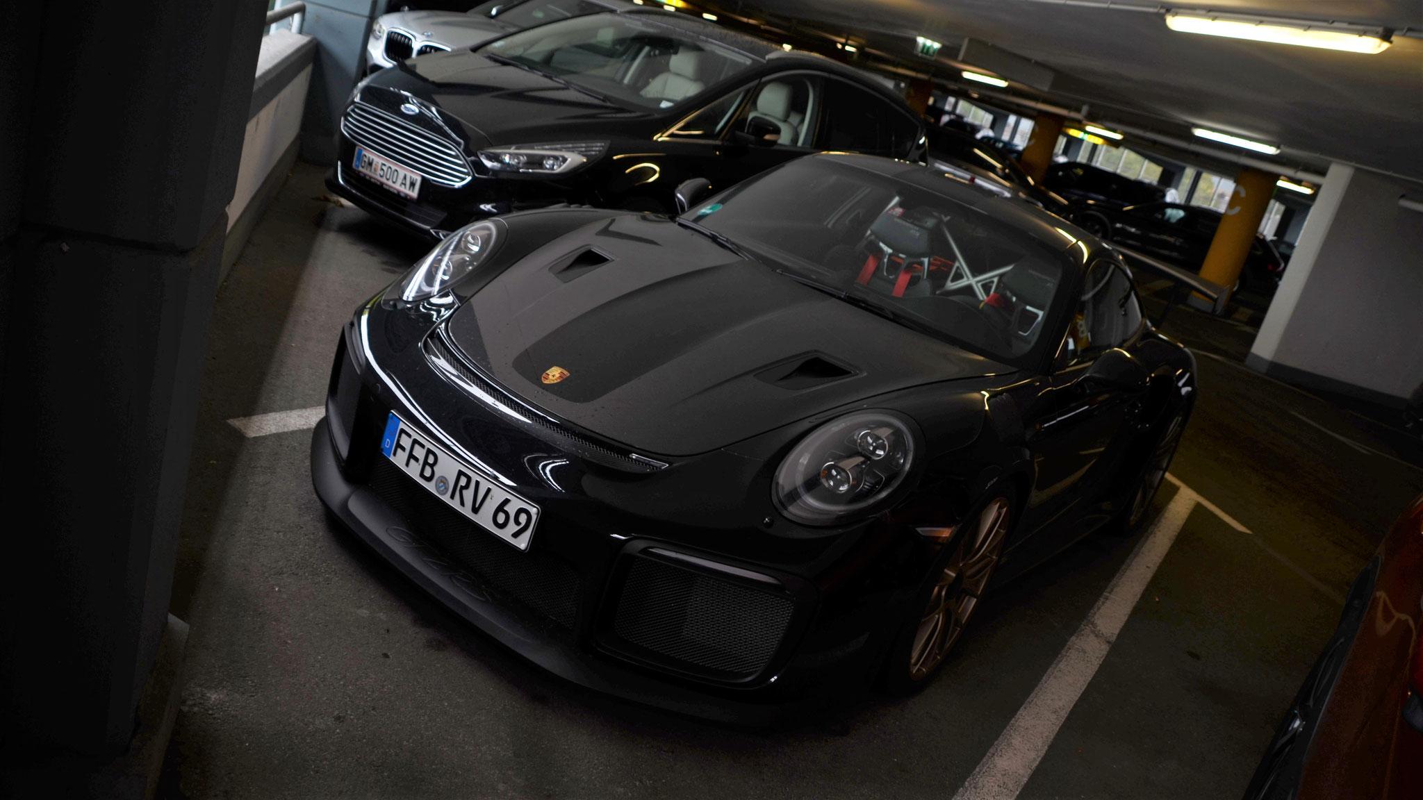 Porsche 911 GT2 RS - FFB-RV-69