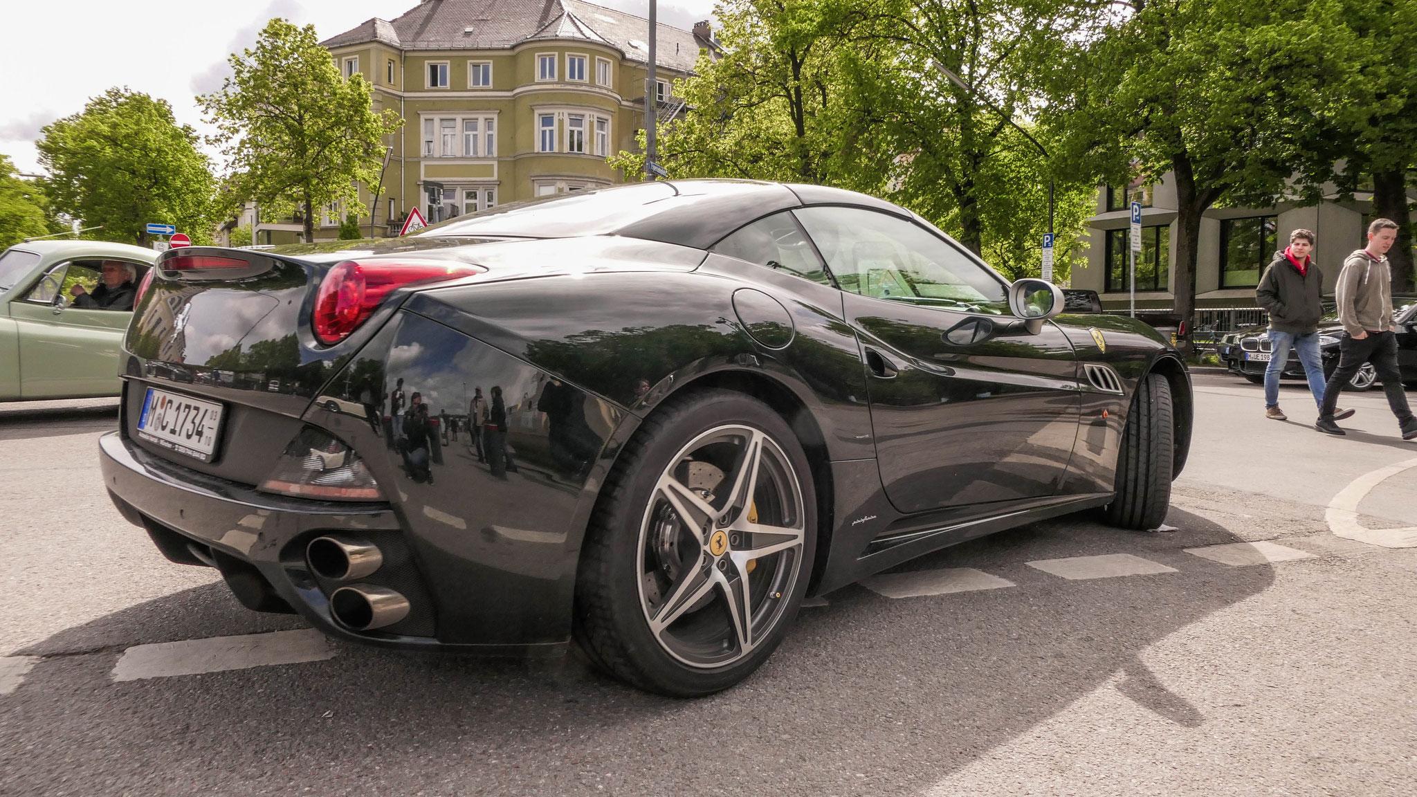Ferrari California - M-C-1734