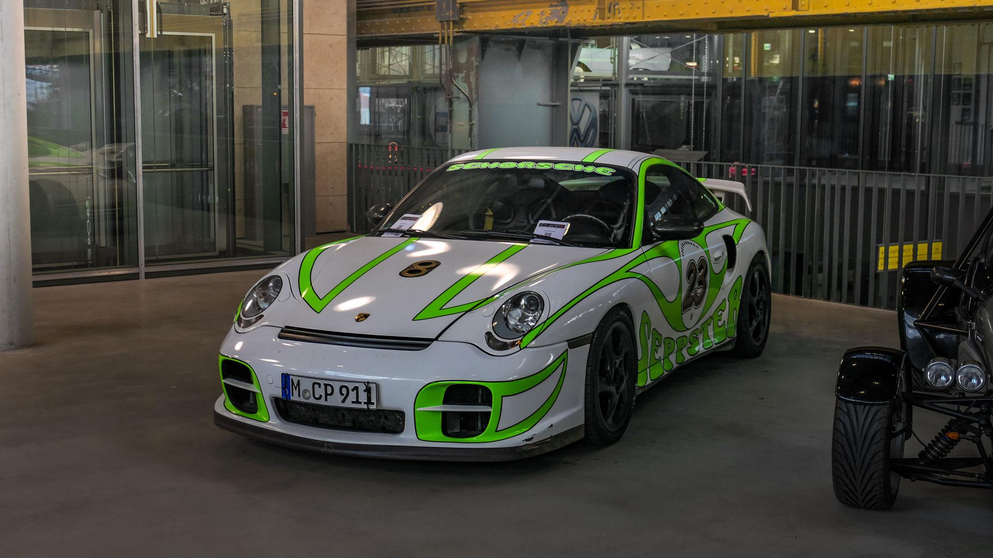 Porsche 996 GT2 - M-CP-911