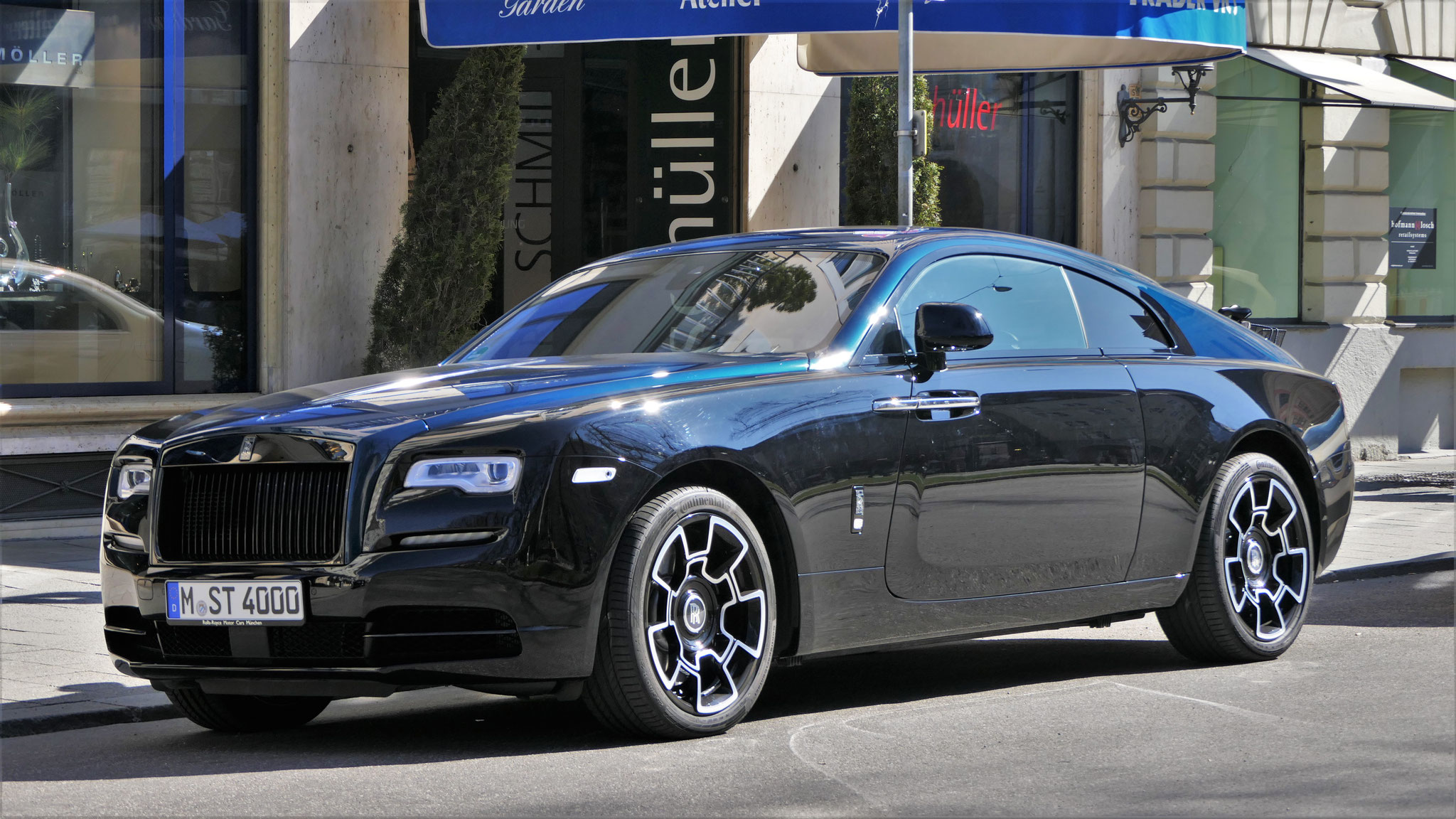 Rolls Royce Wraith Black Badge - M-ST-4000