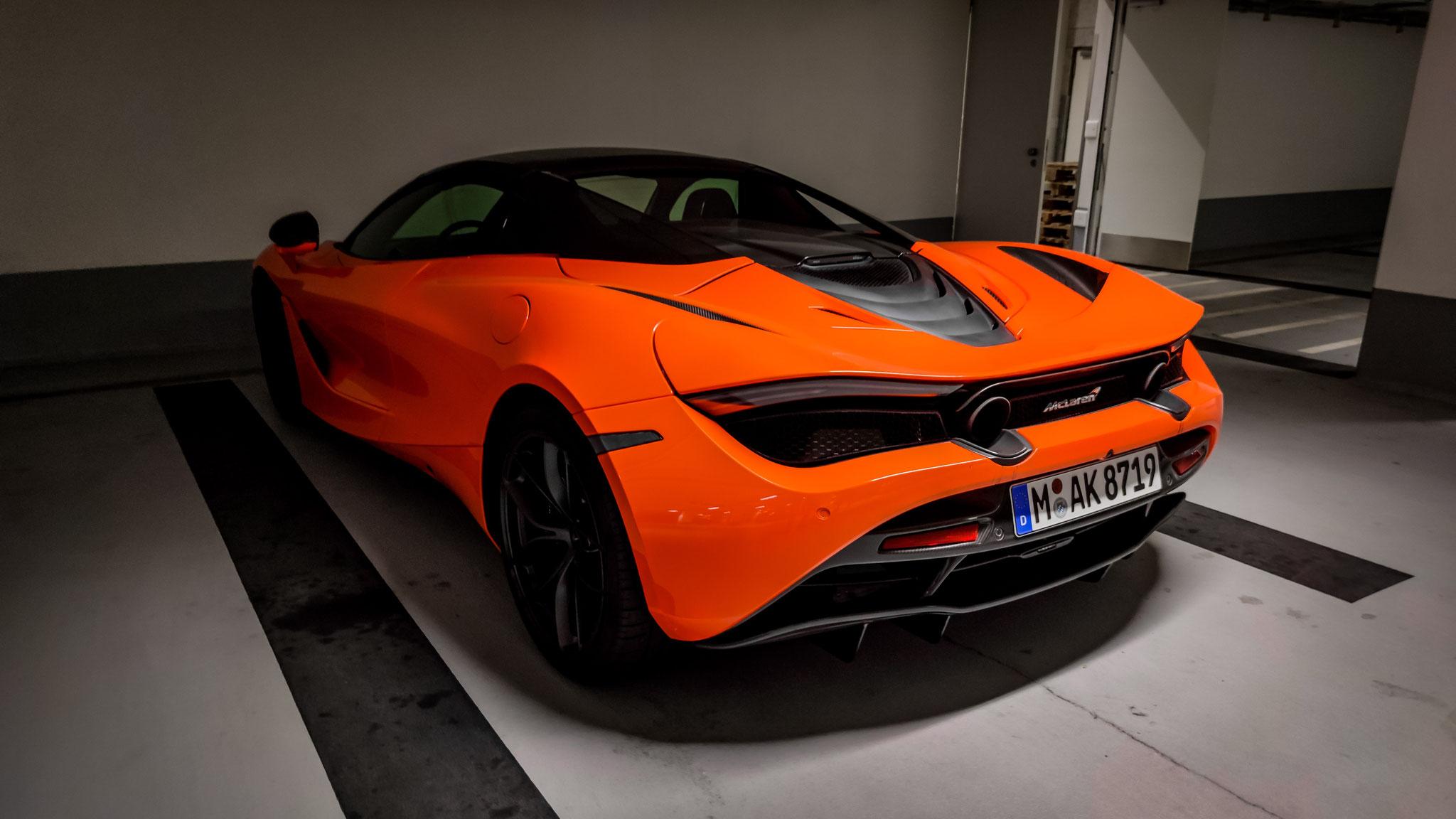 McLaren 720S Spider - M-AK-8719