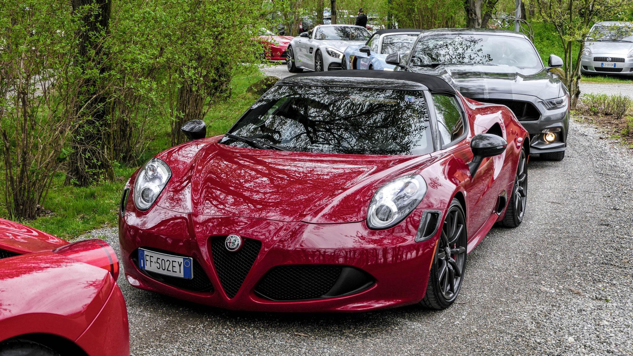 Alfa Romeo 4C Spyder - FF-502-EY (ITA)